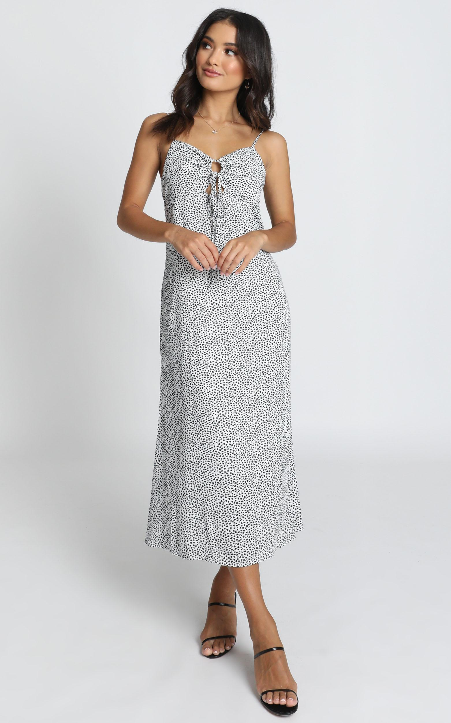 Manhattan Lover Midi Dress in white floral - 14 (XL), White, hi-res image number null
