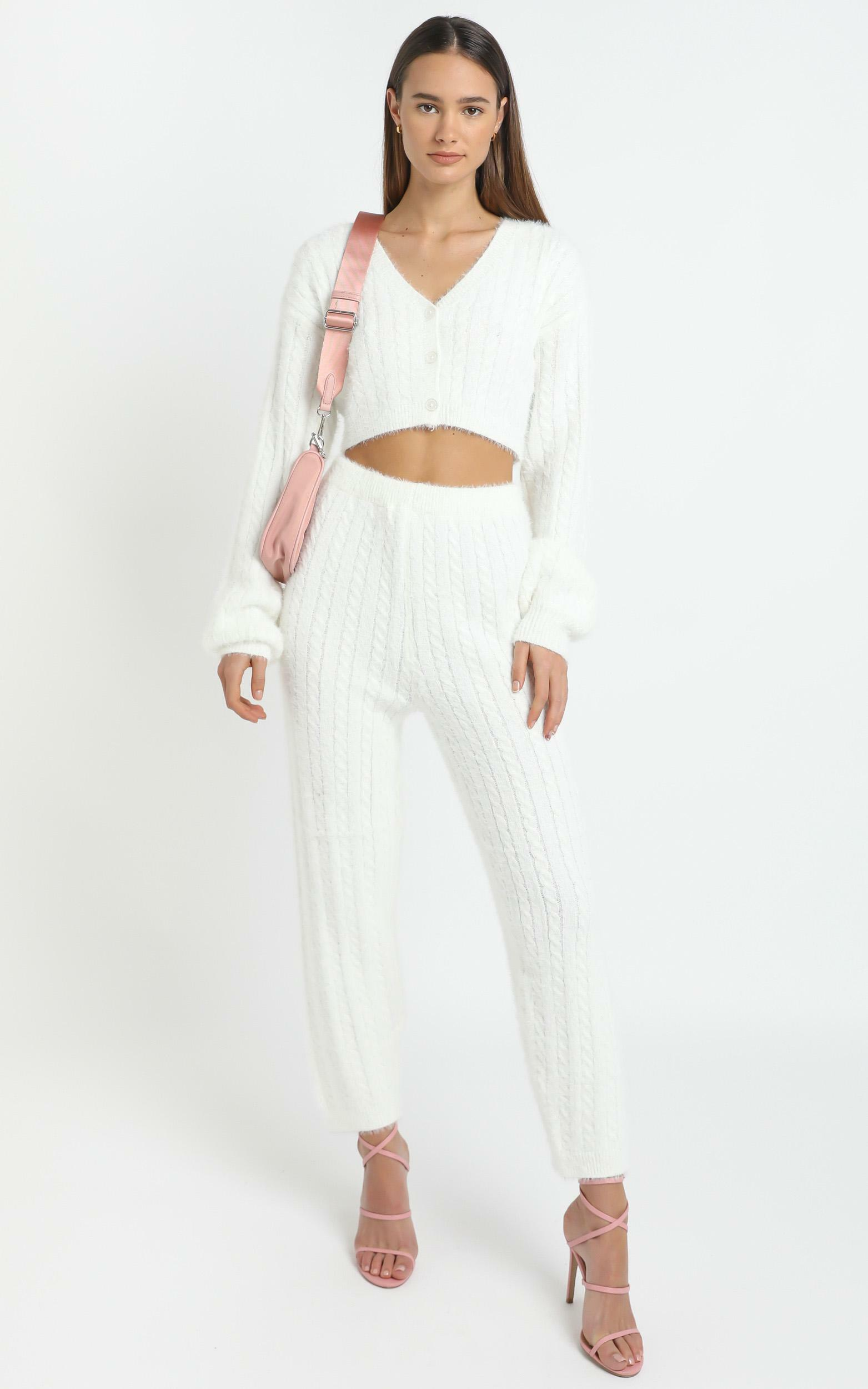 Eevi Two Piece Set in White - L/XL, White, hi-res image number null