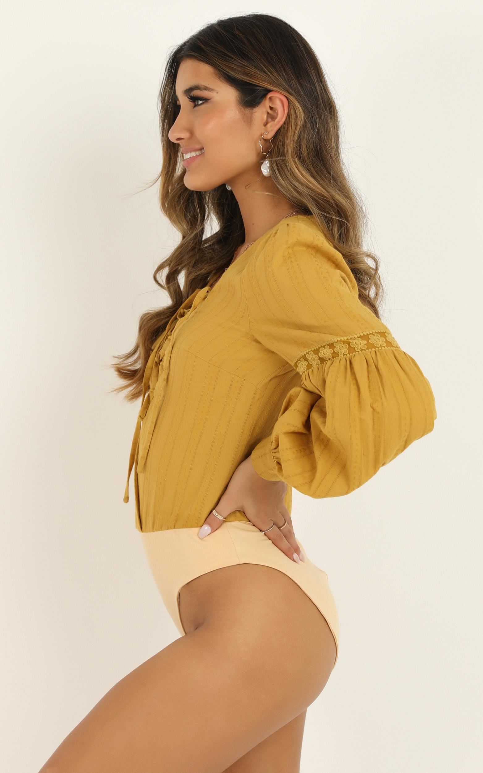 Im Out Here Thinkin Bodysuit In mustard linen look - 12 (L), Mustard, hi-res image number null