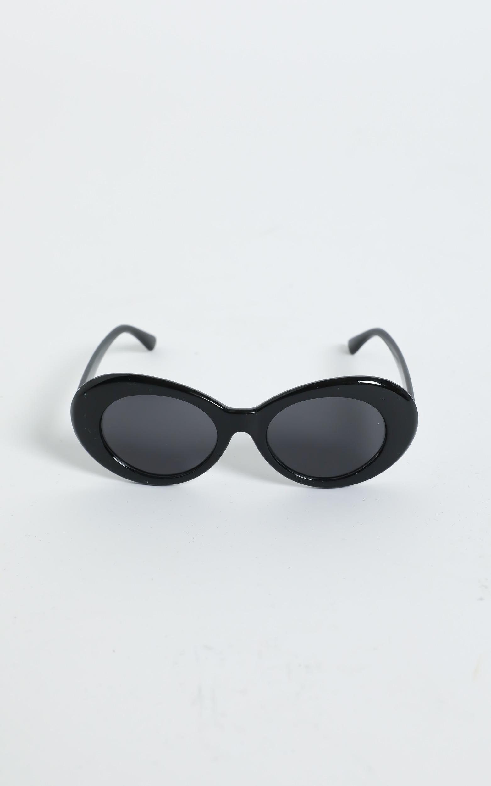 Alda Sunglasses in Black, Black, hi-res image number null