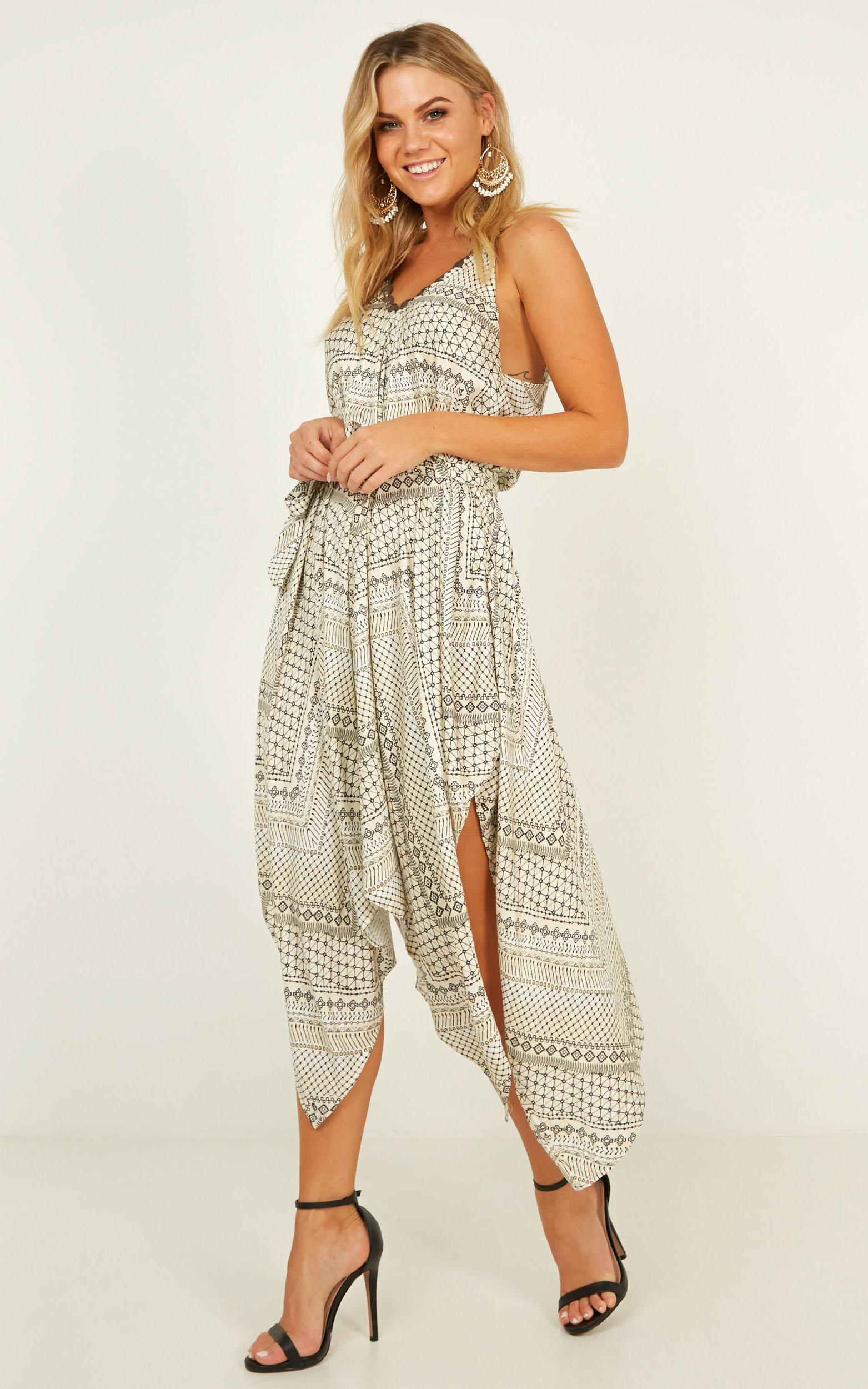 Give Yourself A Chance dress in cream print - 12 (L), Cream, hi-res image number null