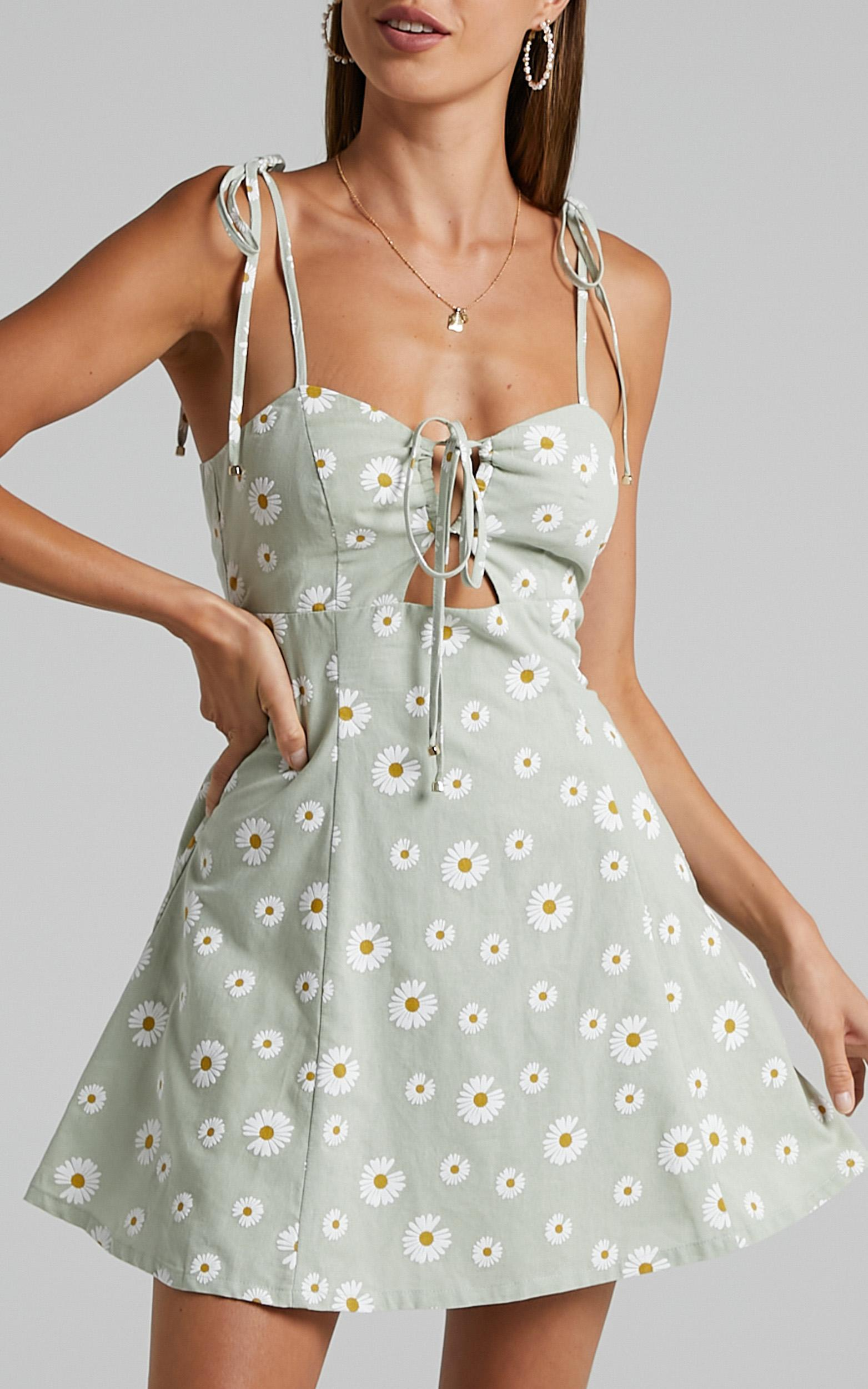 Olenna Dress in Sage Daisies - 06, GRN1, hi-res image number null
