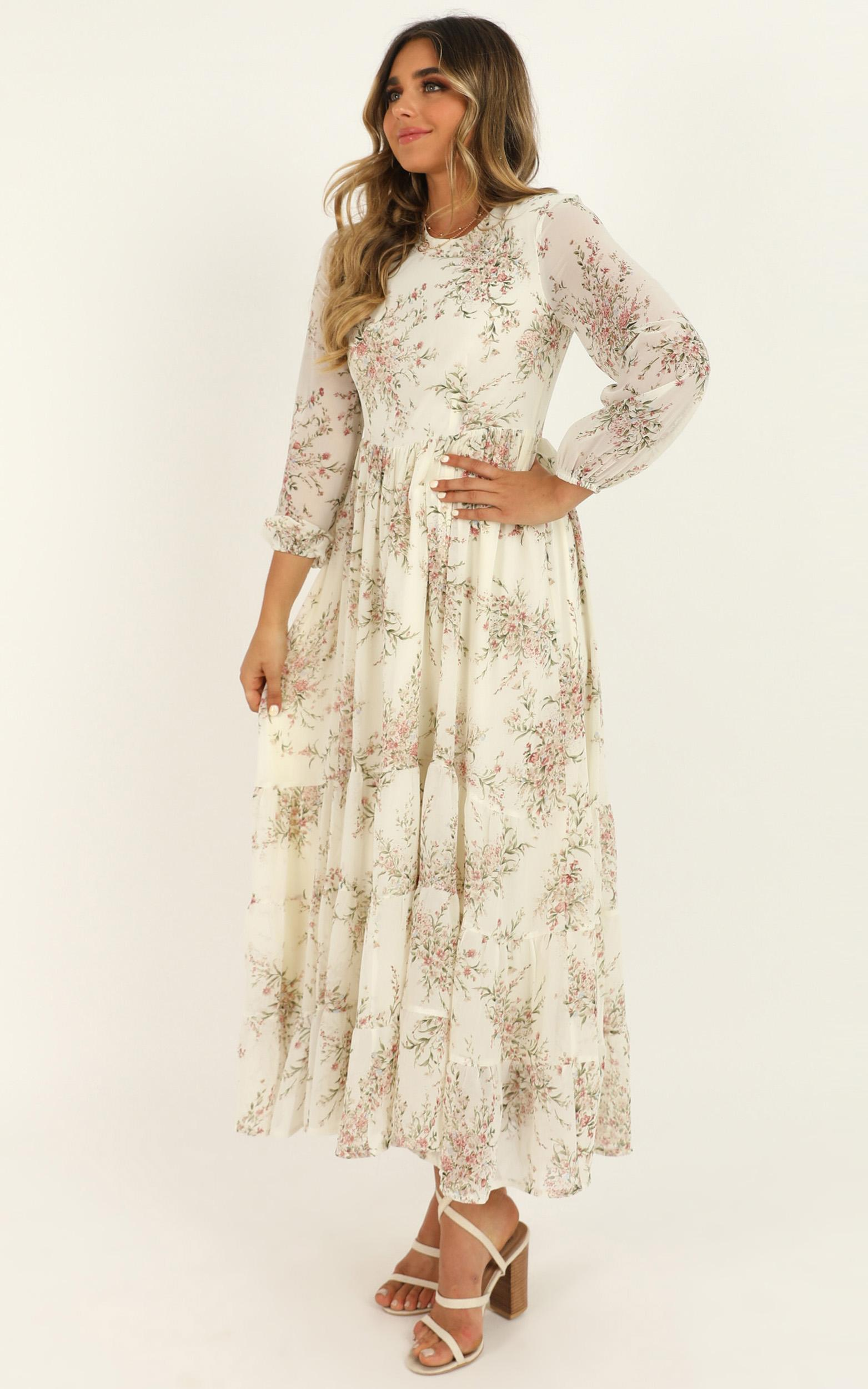 Real Queen Dress in cream floral - 20 (XXXXL), Cream, hi-res image number null