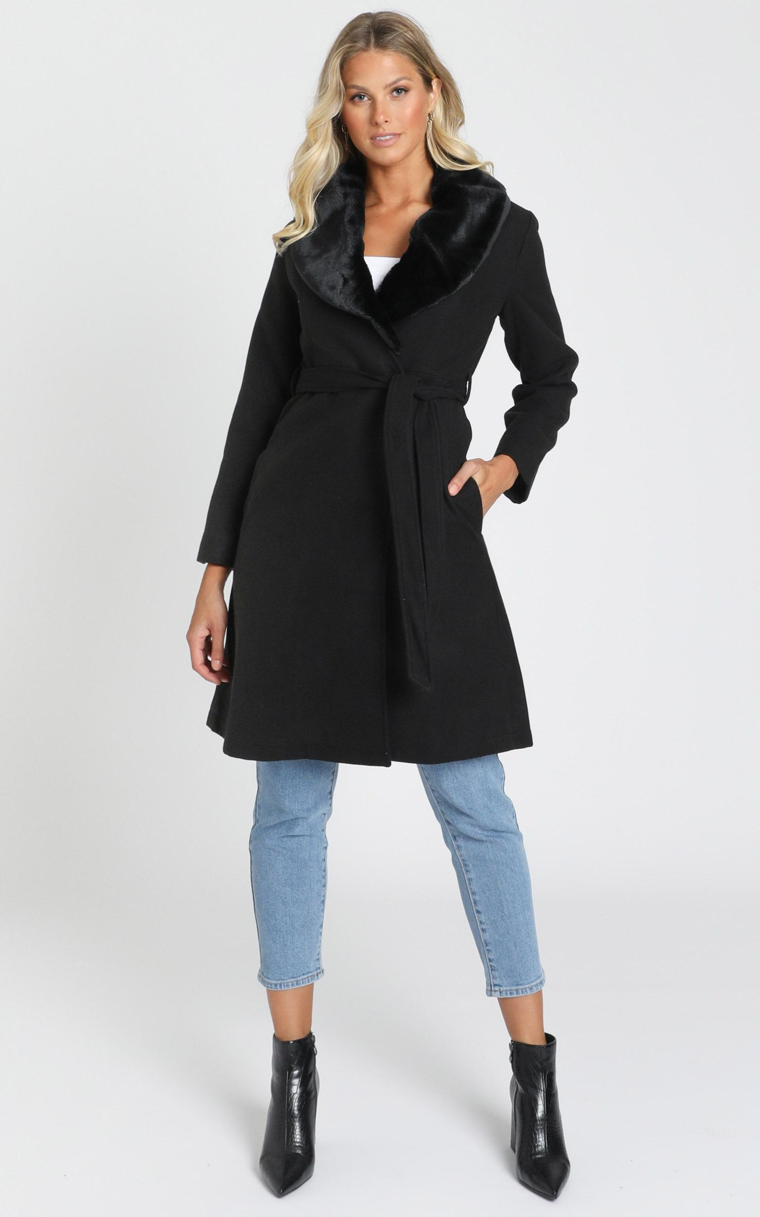 Showstopper Coat in black - 20 (XXXXL), Black, hi-res image number null