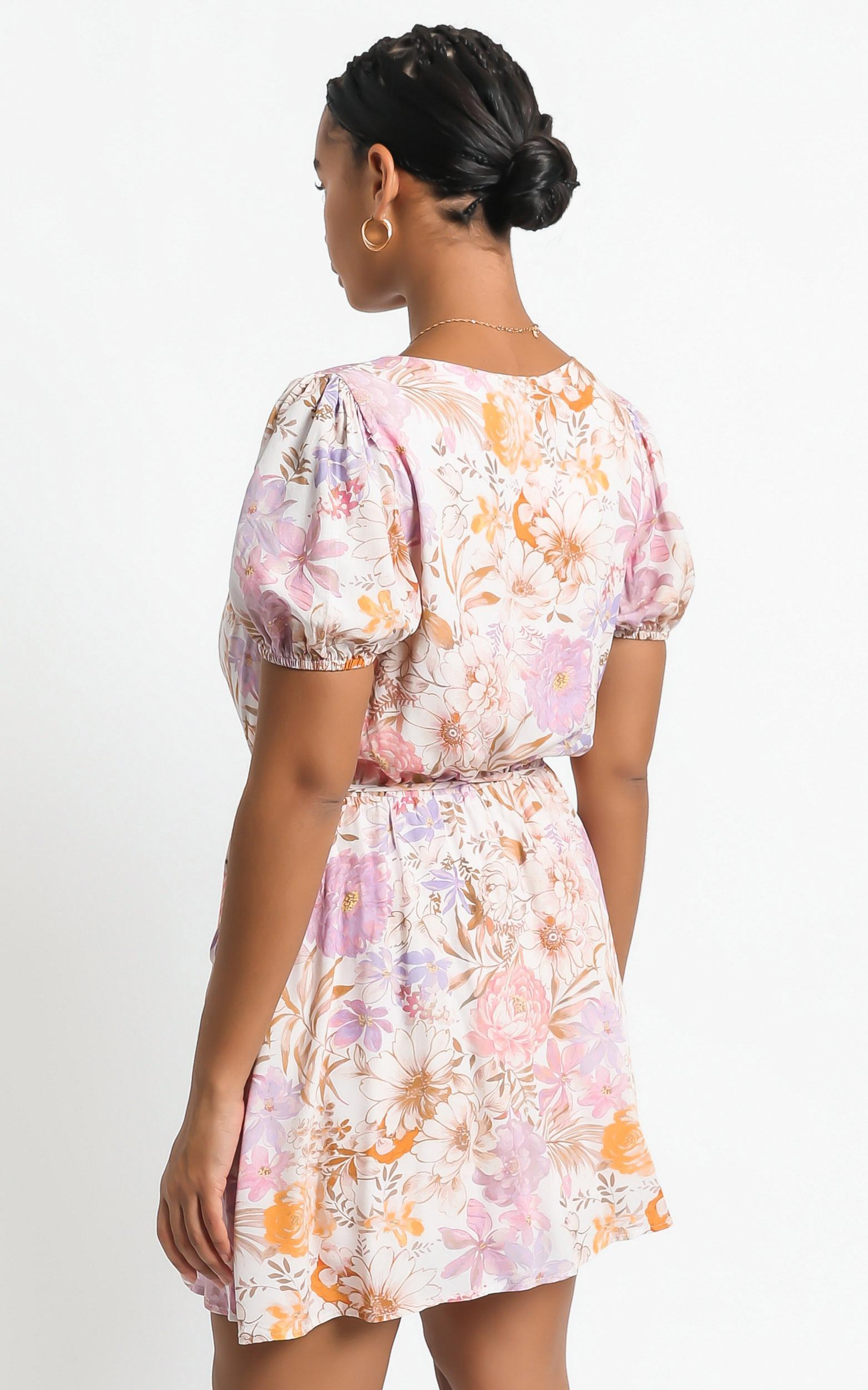 Noha Dress in Vintage Floral - 6 (XS), Multi, hi-res image number null