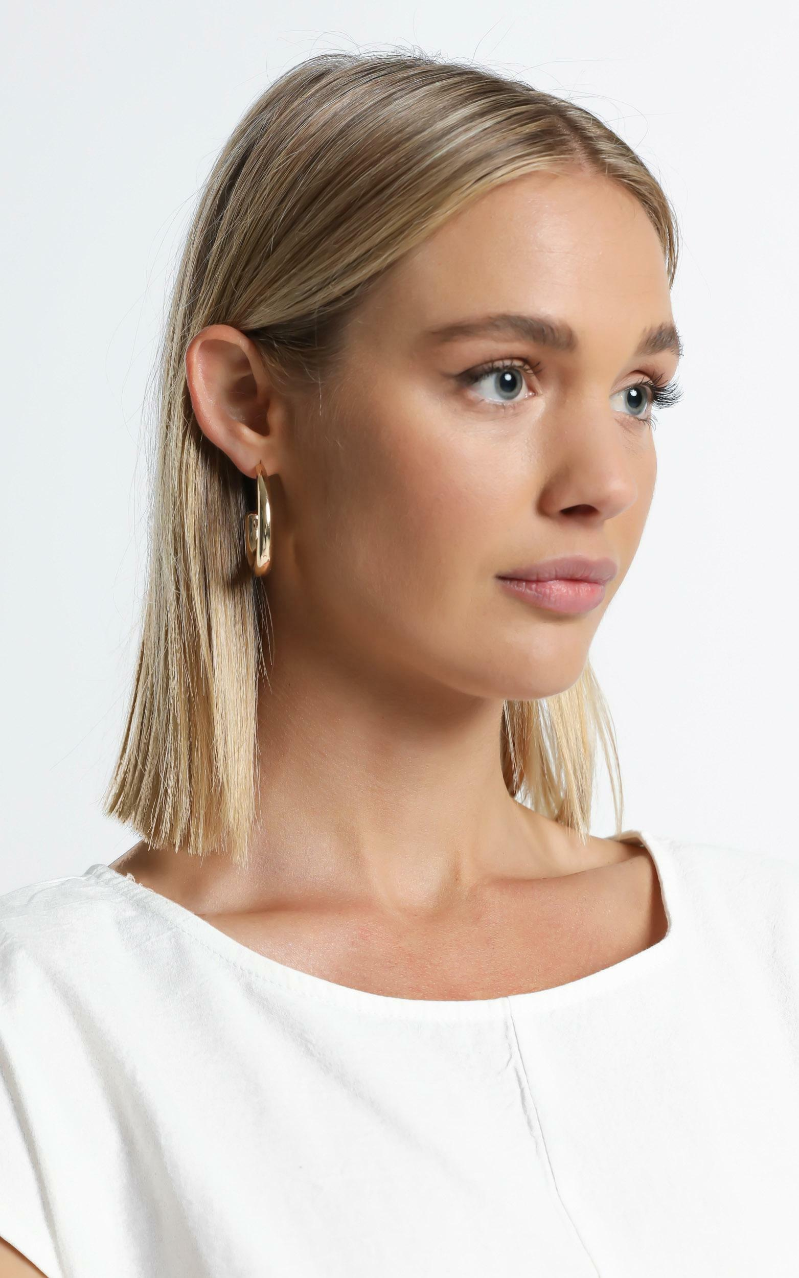 Apsel Earrings in Gold, GLD1, hi-res image number null