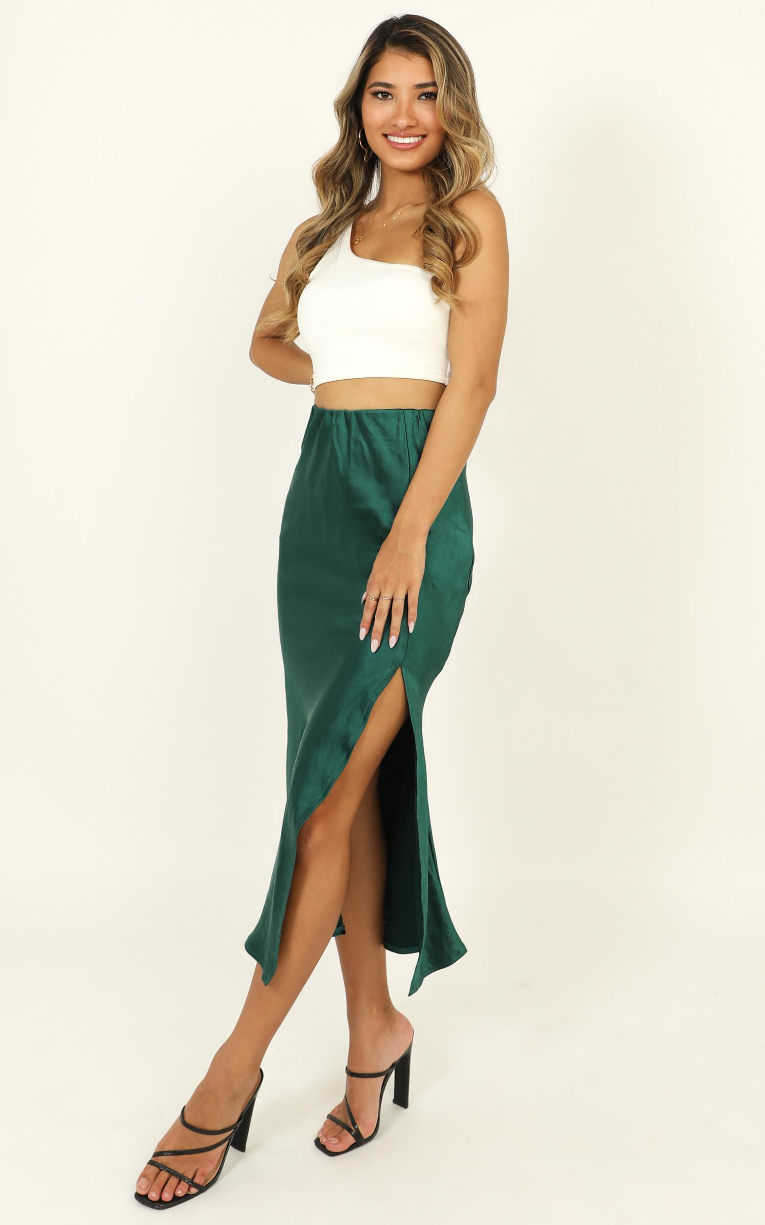 Fashion Game skirt in emerald green satin - 12 (L), Green, hi-res image number null