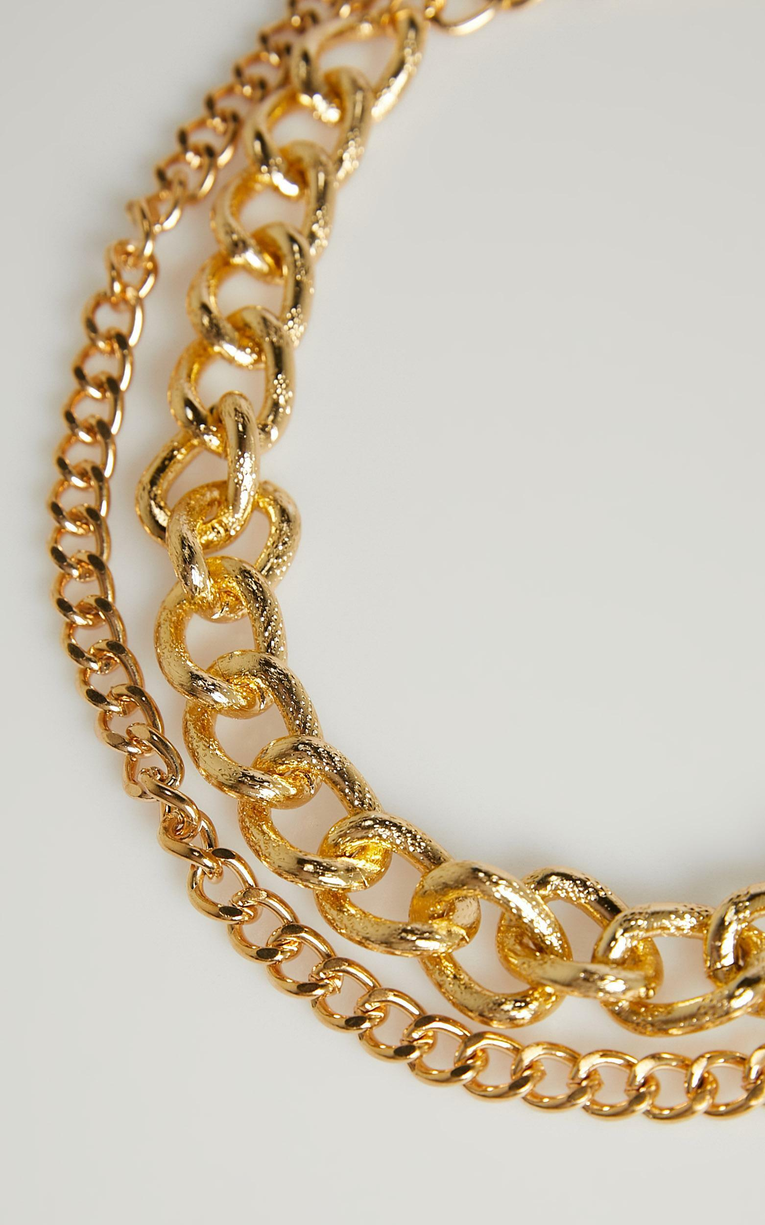 Acadia Necklace in Gold, , hi-res image number null