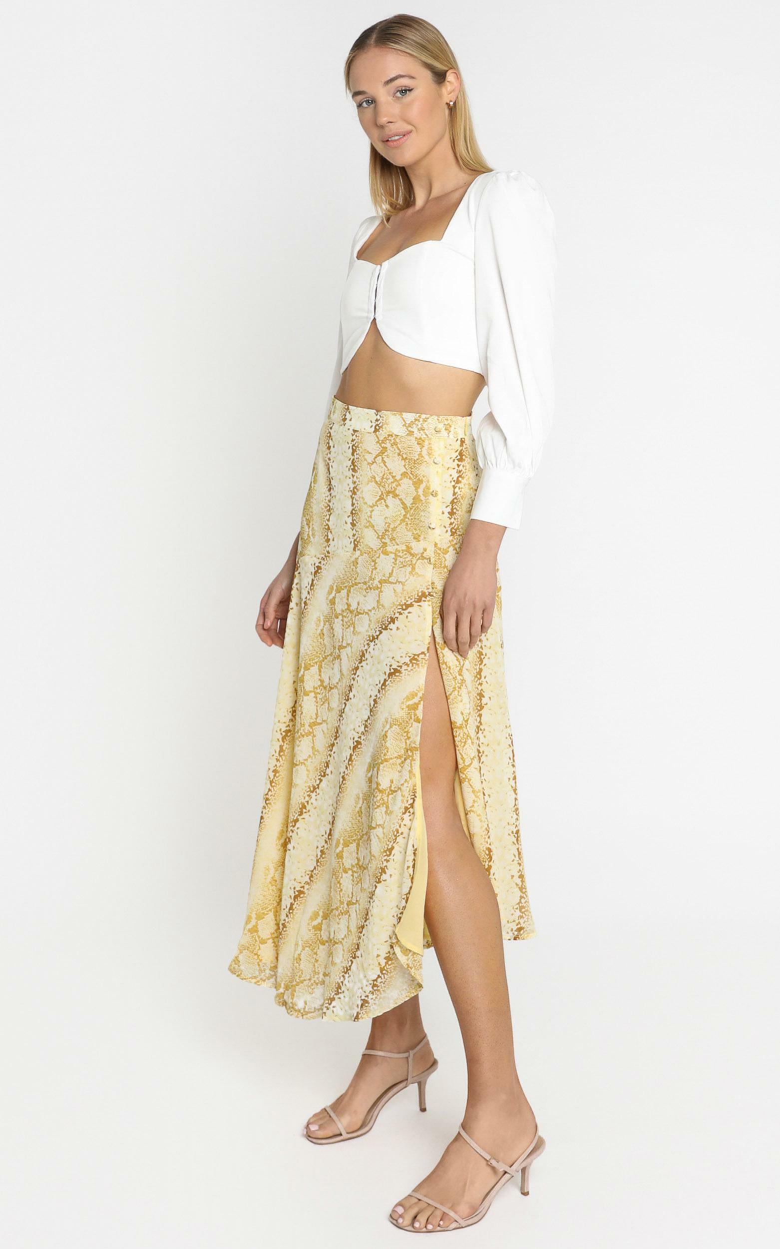 Lulu & Rose - Cali Skirt in Snake Print - 4 (XXS), Yellow, hi-res image number null