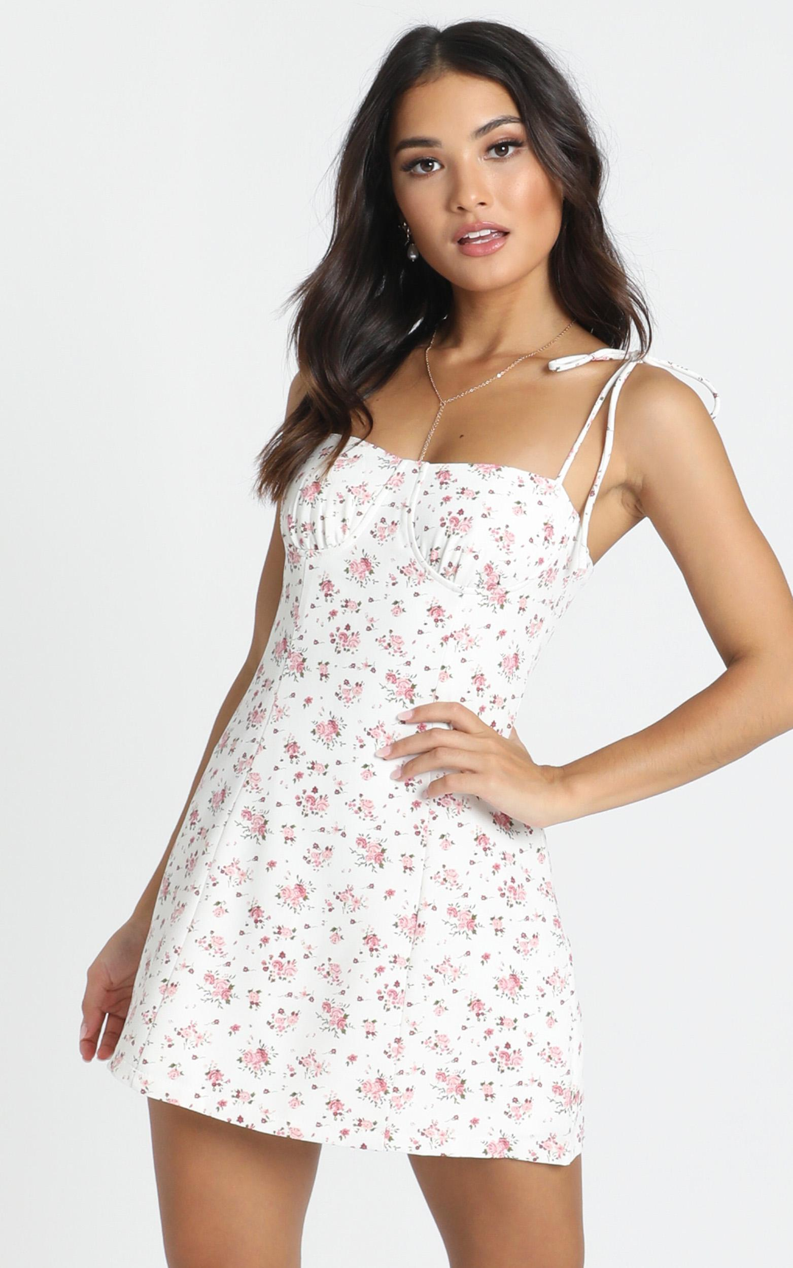 Be My Saviour dress in white floral - 12 (L), White, hi-res image number null