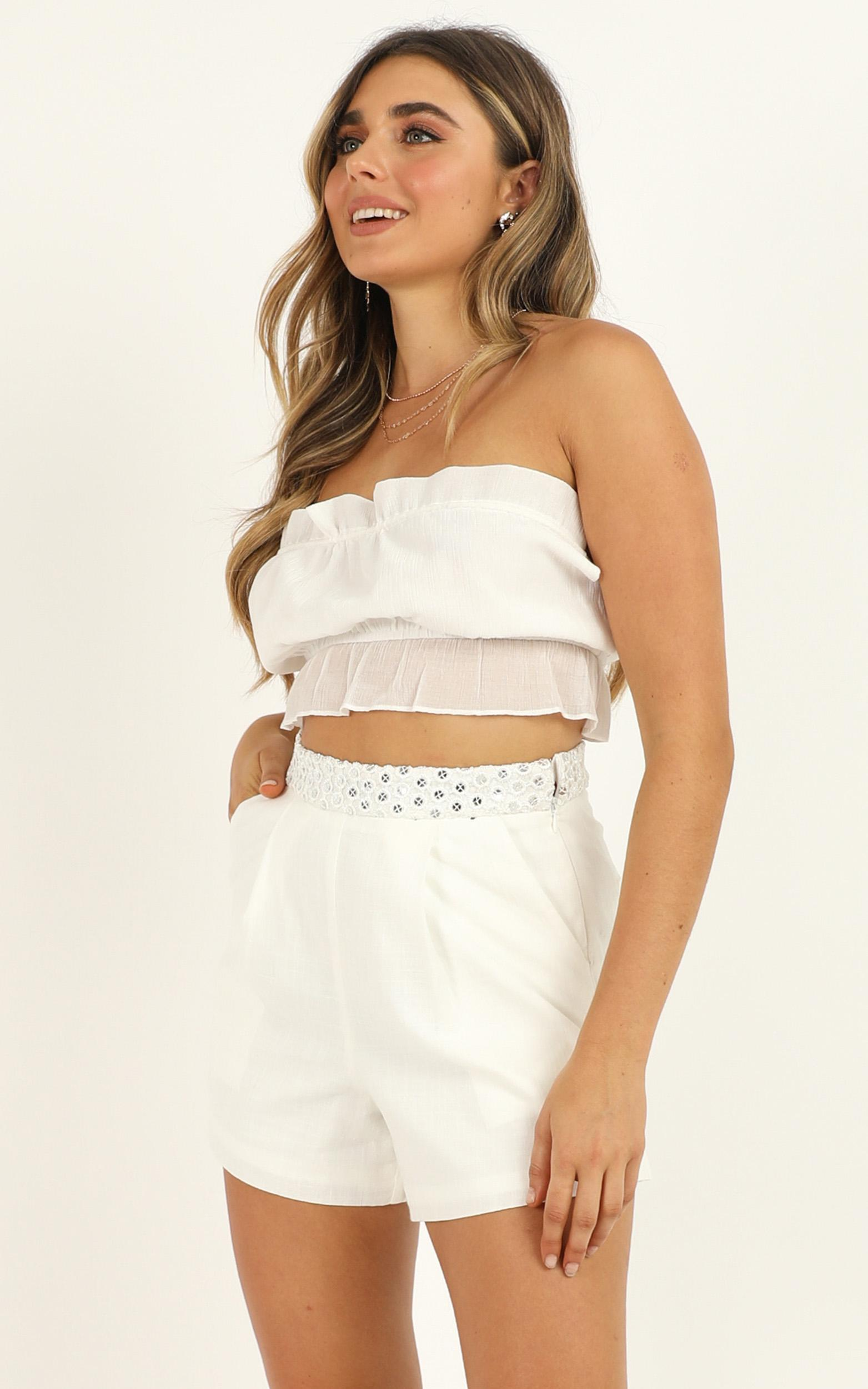 Give You All Of Me Shorts in white linen look - 12 (L), White, hi-res image number null