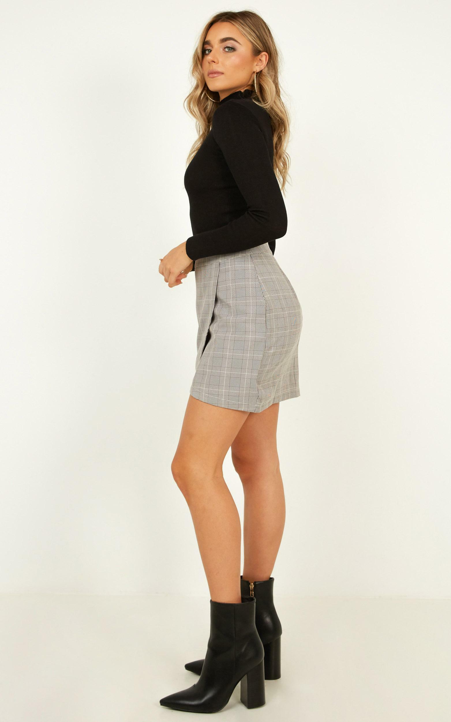 Winterberry Skirt In Grey Check - 16 (XXL), Grey, hi-res image number null