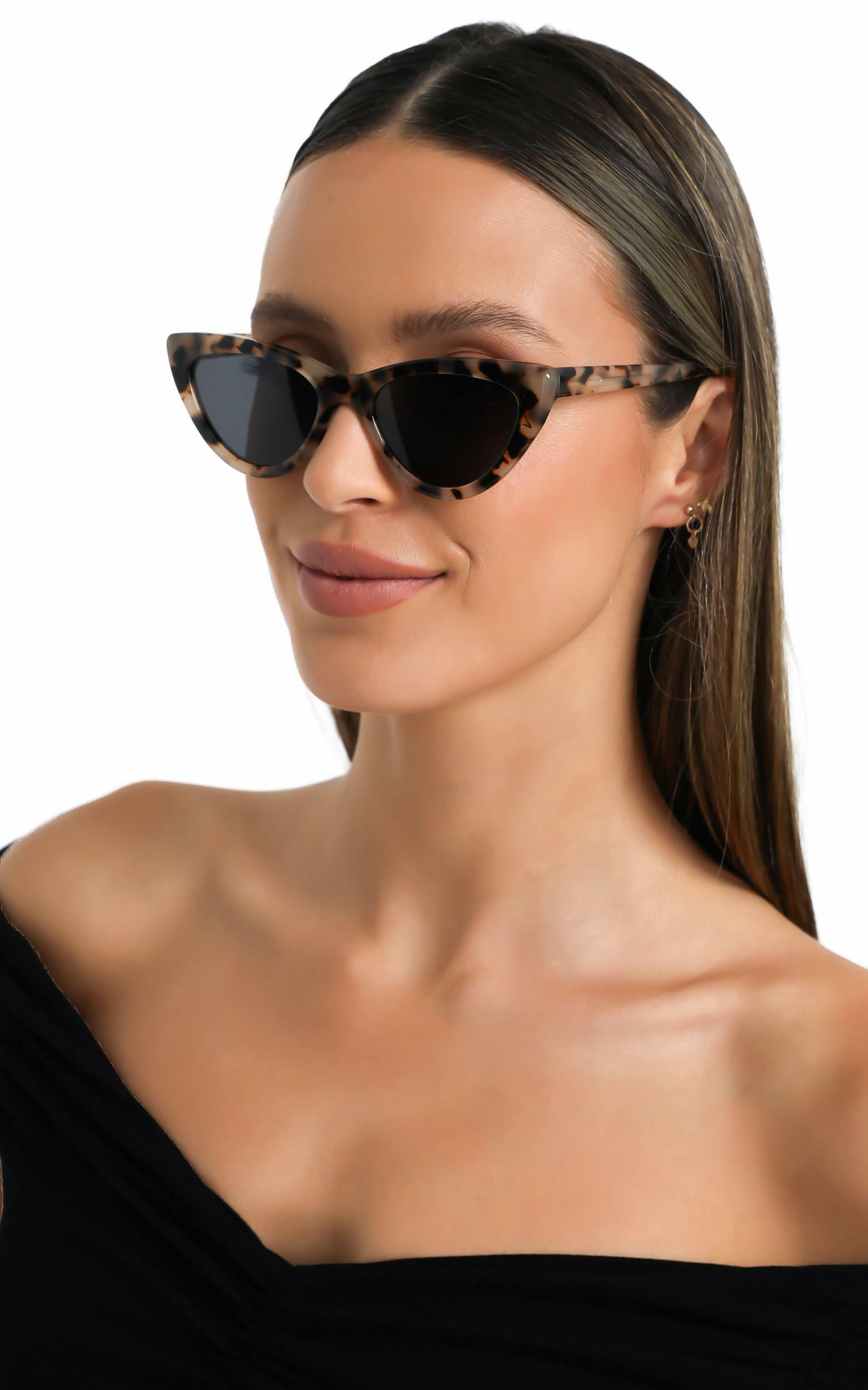 Luv Lou - The Leui Sunglasses in Tort, Brown, hi-res image number null