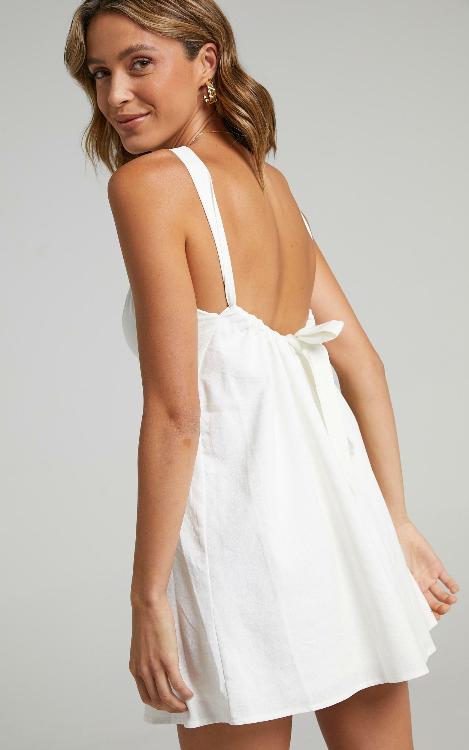 Sylvi Dress in White - 6 (XS), White, hi-res image number null