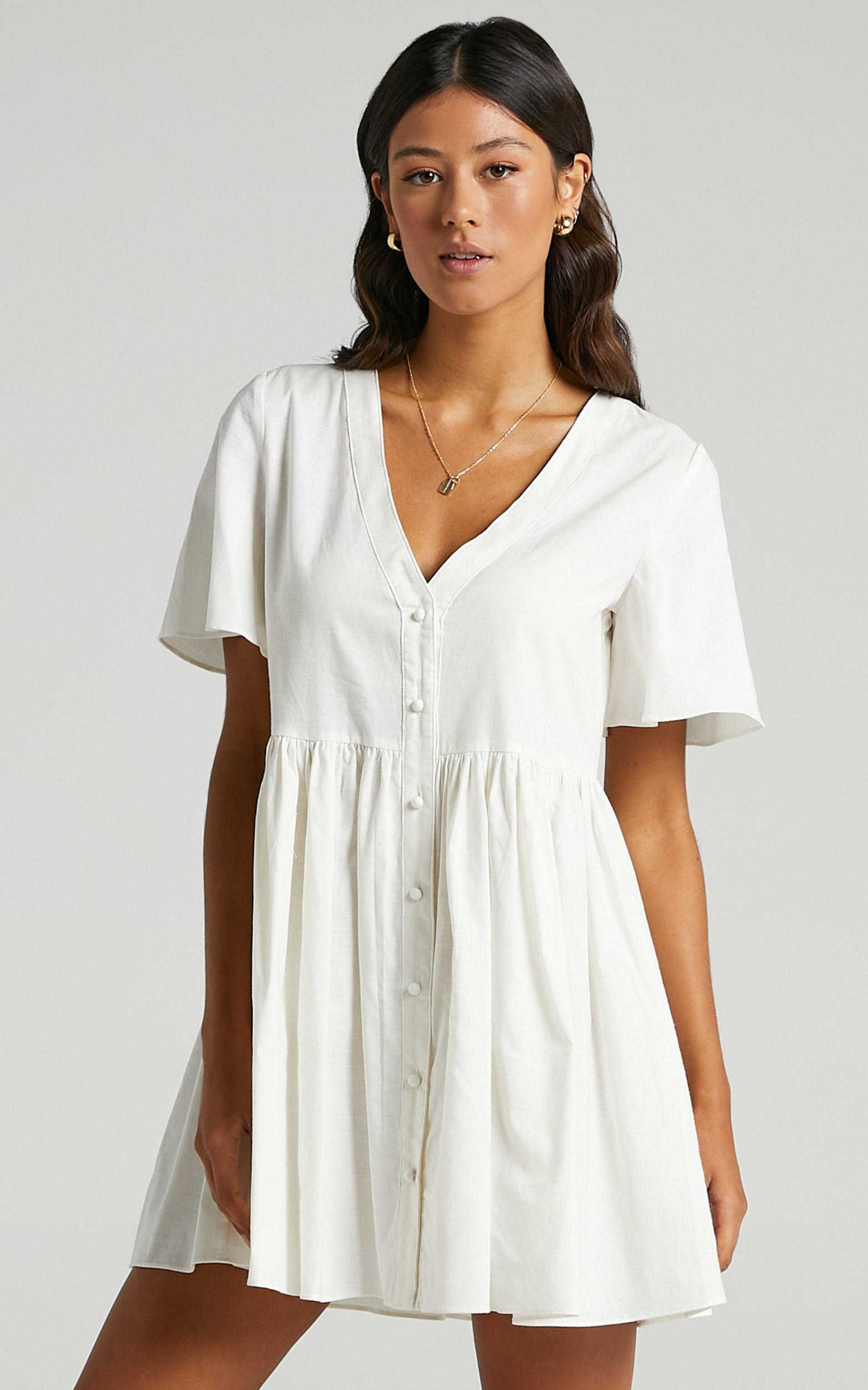 Staycation Dress in White - 04, WHT5, hi-res image number null