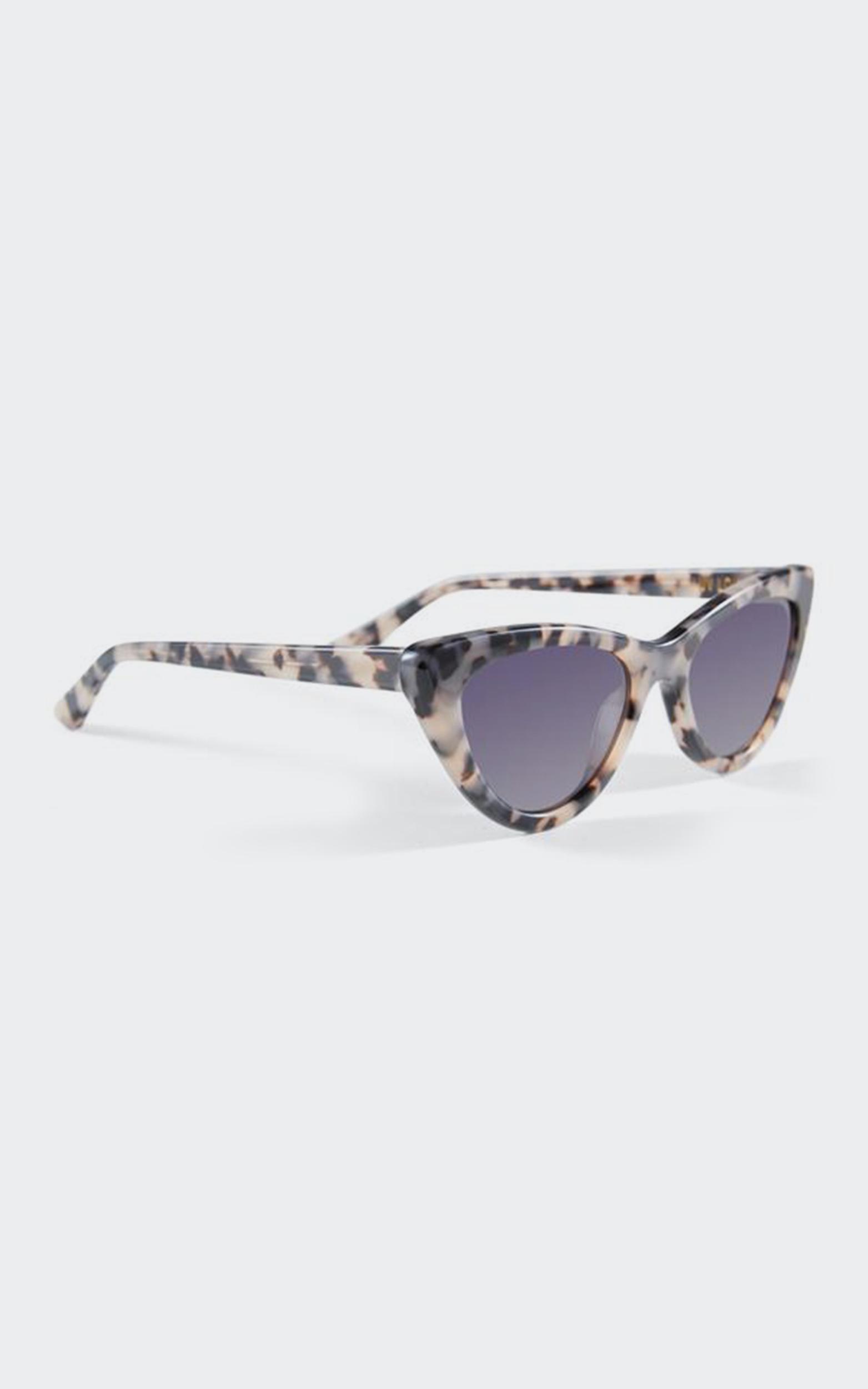 Luv Lou - The Leui Sunglasses in Tort, Brown, hi-res image number null