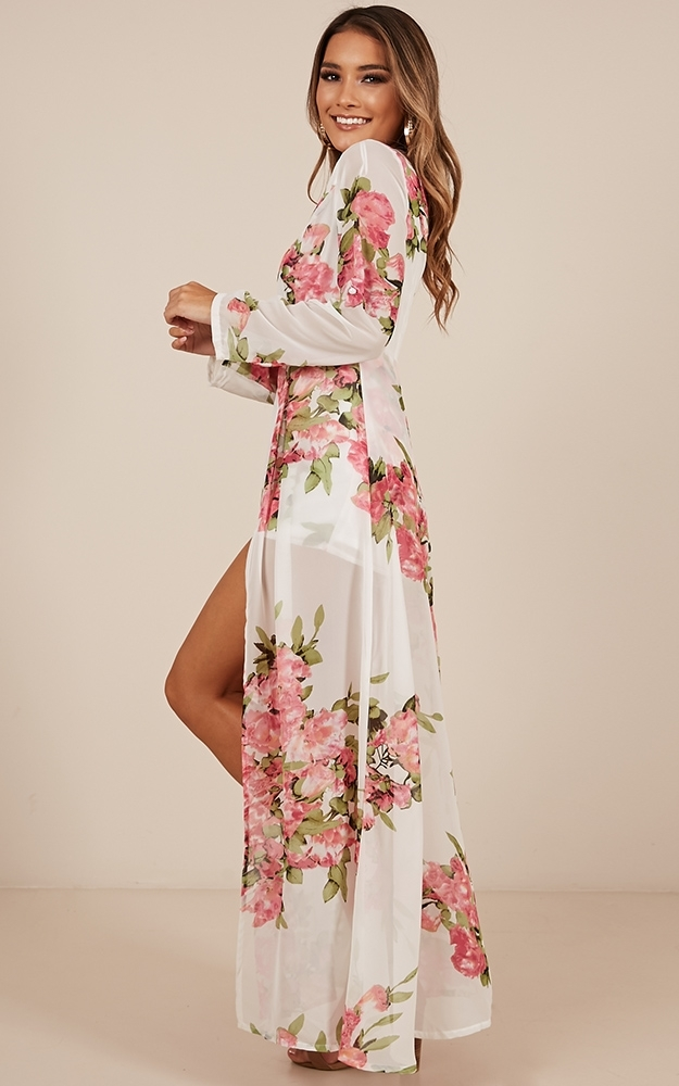Steal the Show playsuit in white floral - 20 (XXXXL), White, hi-res image number null