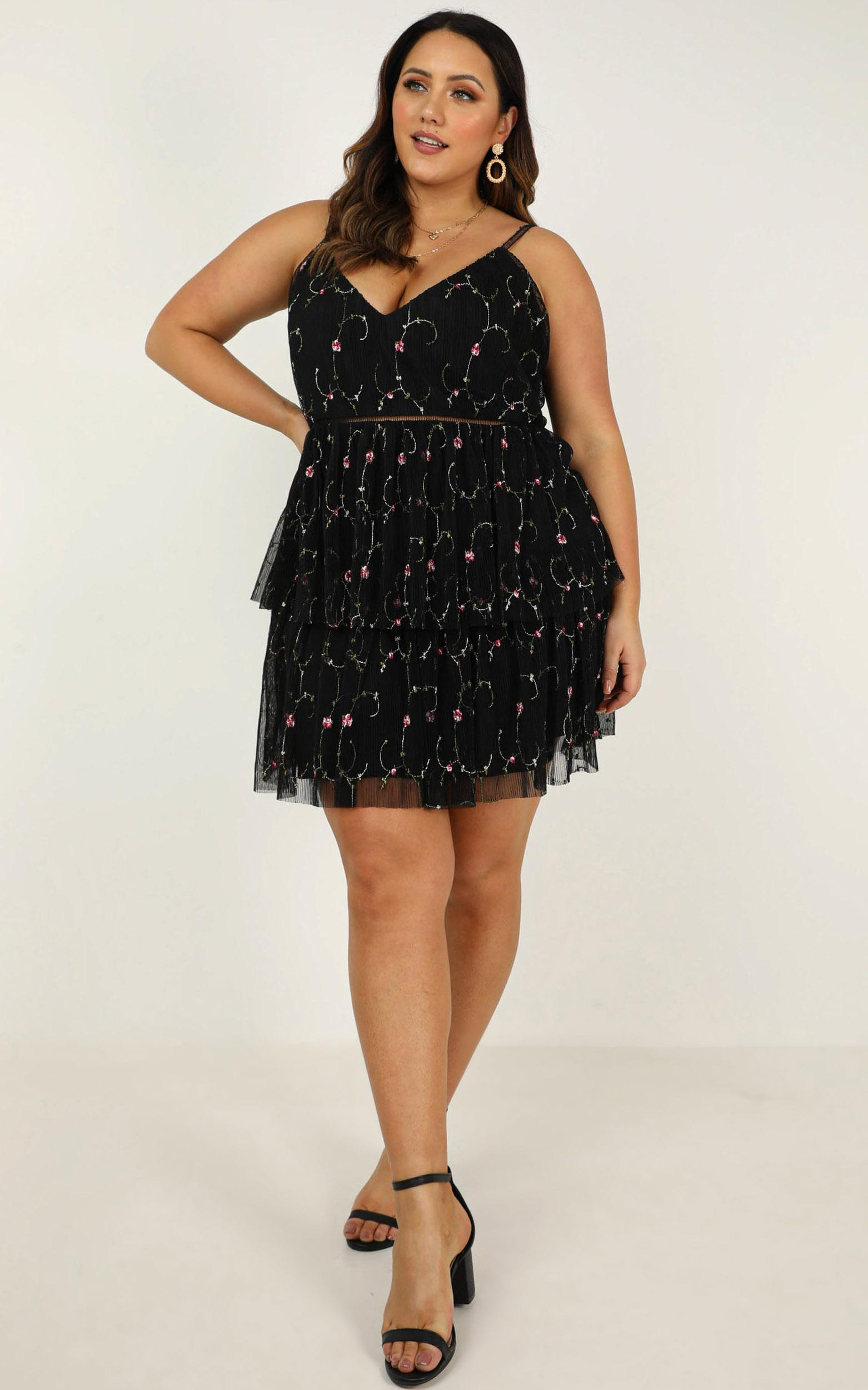 Sugar plum dress in black embroidery - 20 (XXXXL), Black, hi-res image number null