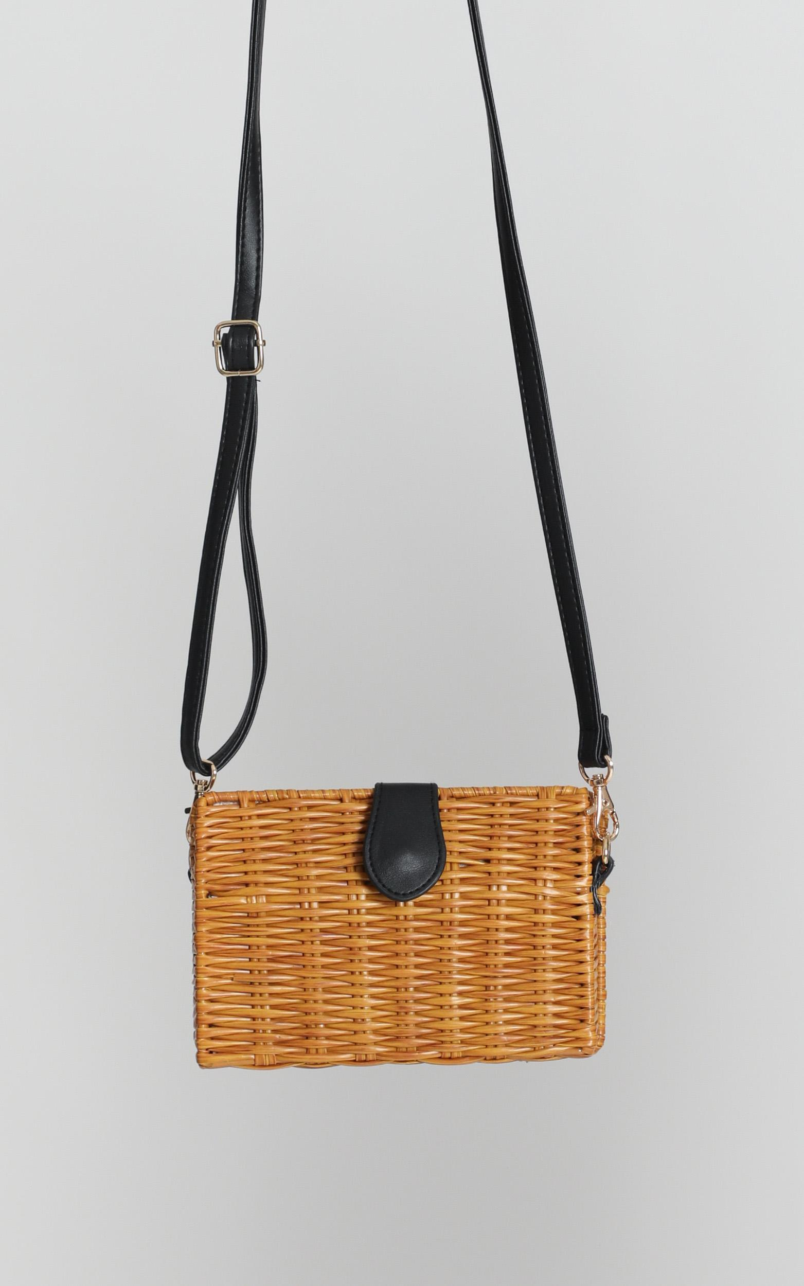Summer Days Straw Bag In Tan, , hi-res image number null