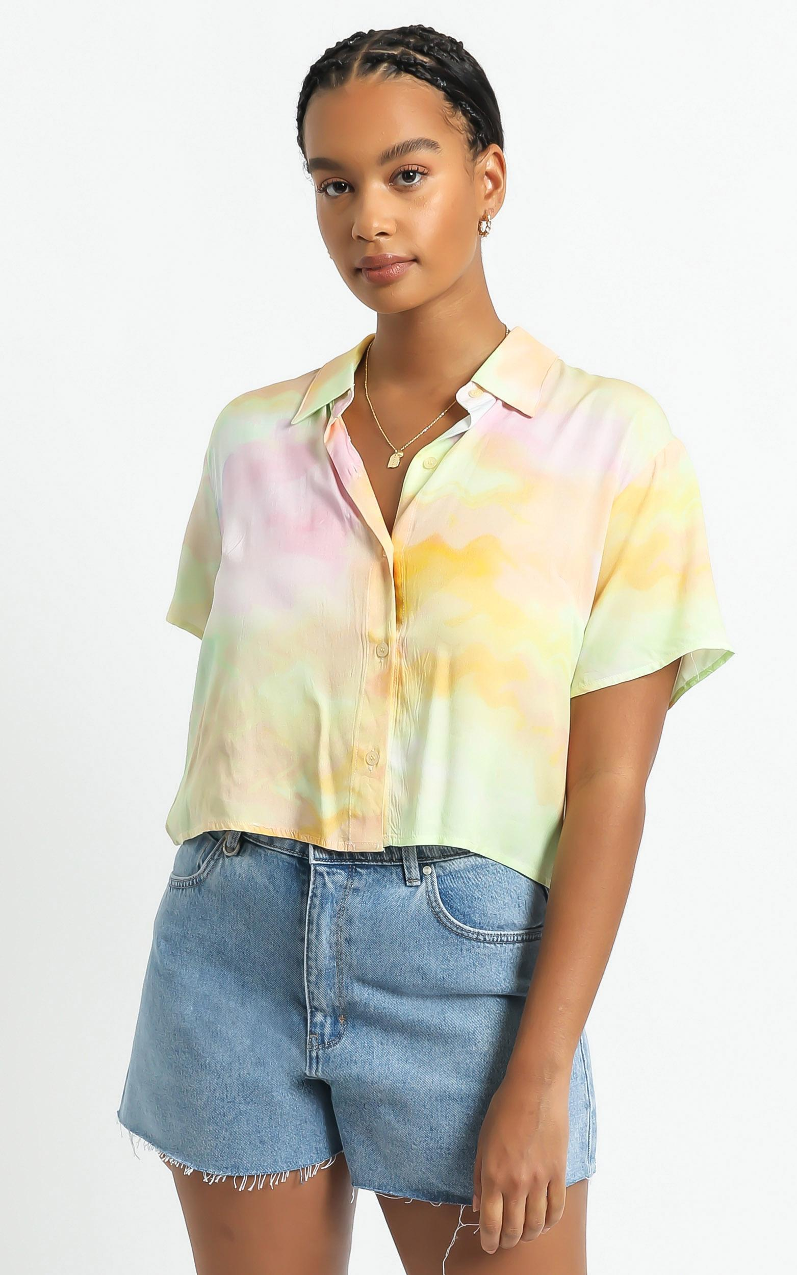 Astra Stars Shirt in Yellow Tie Dye - 06, YEL2, hi-res image number null
