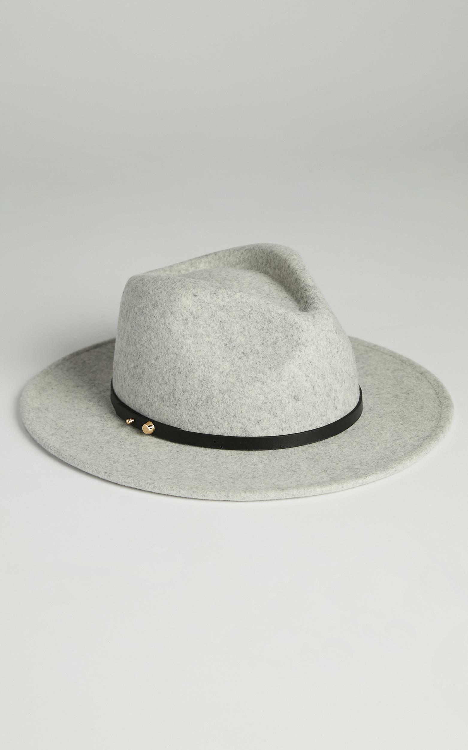 Ace of Something - Oslo Hat in Cloud, Grey, hi-res image number null
