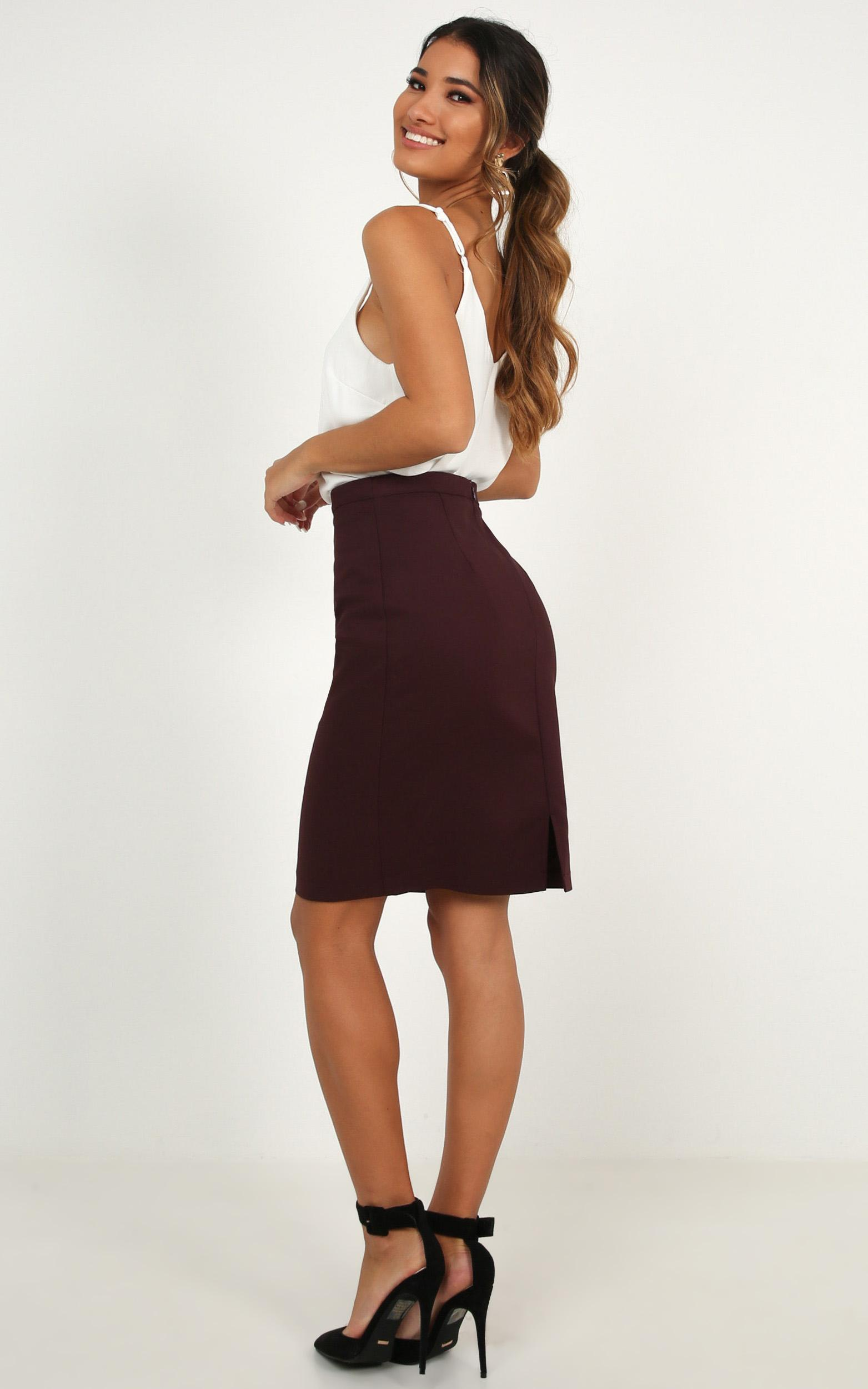 Busy Schedule Skirt in aubergine - 20 (XXXXL), Plum, hi-res image number null