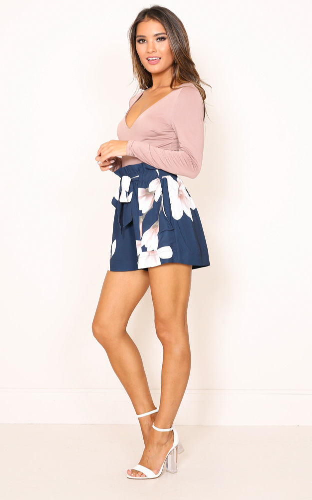 All Rounder shorts in navy floral - 6 (XS), NVY5, hi-res image number null