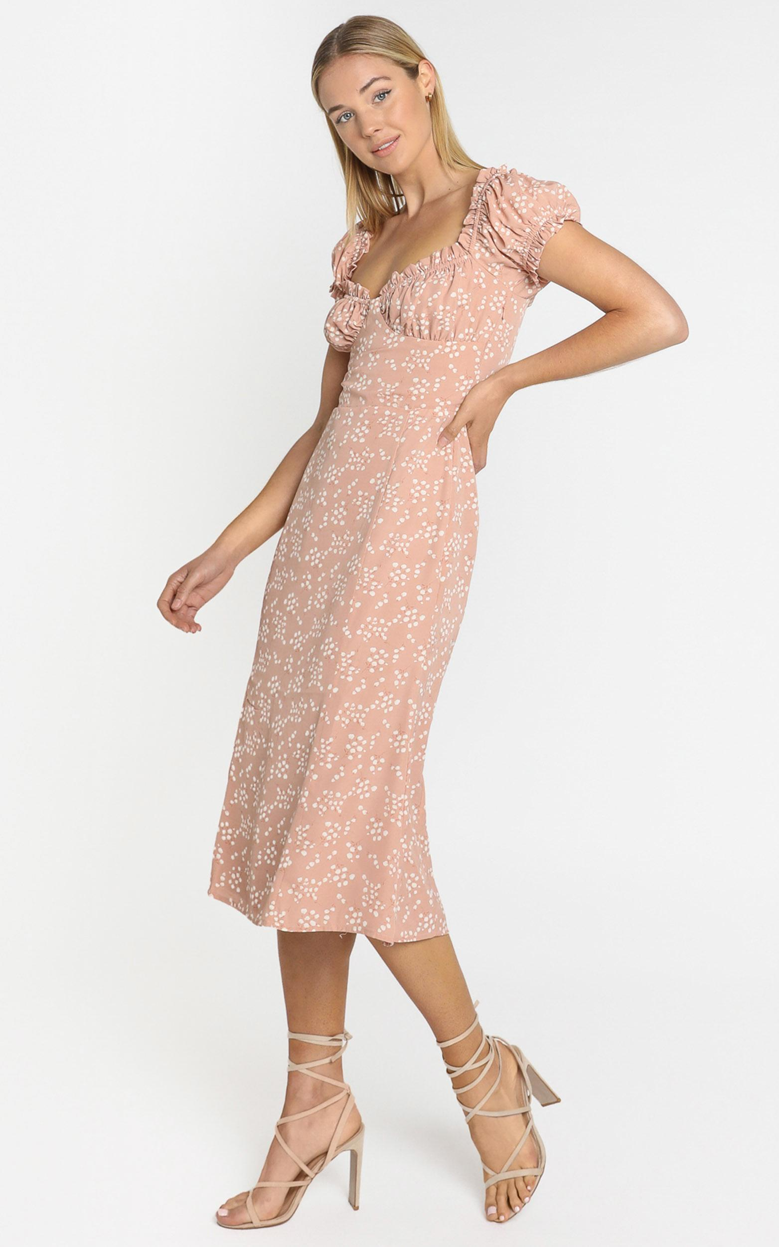 Lulu & Rose - Cosette Midi Dress in Floral - 4 (XXS), Blush, hi-res image number null