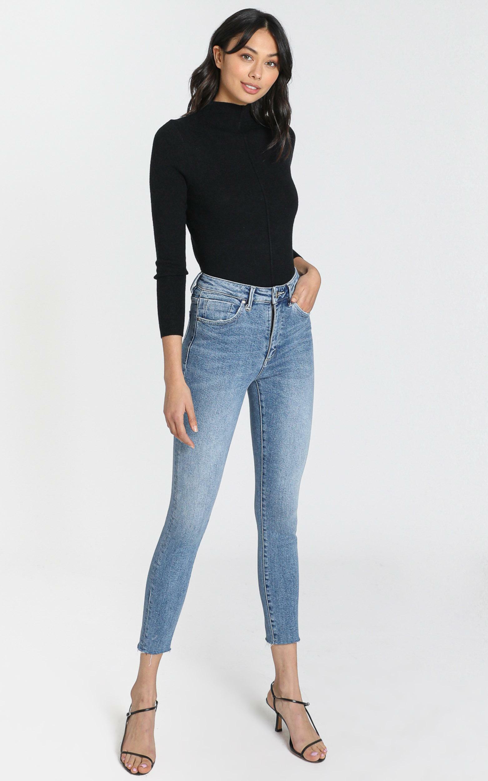 Neuw - Marilyn Skinny Jeans in Broken Blue - 06, BLU1, hi-res image number null