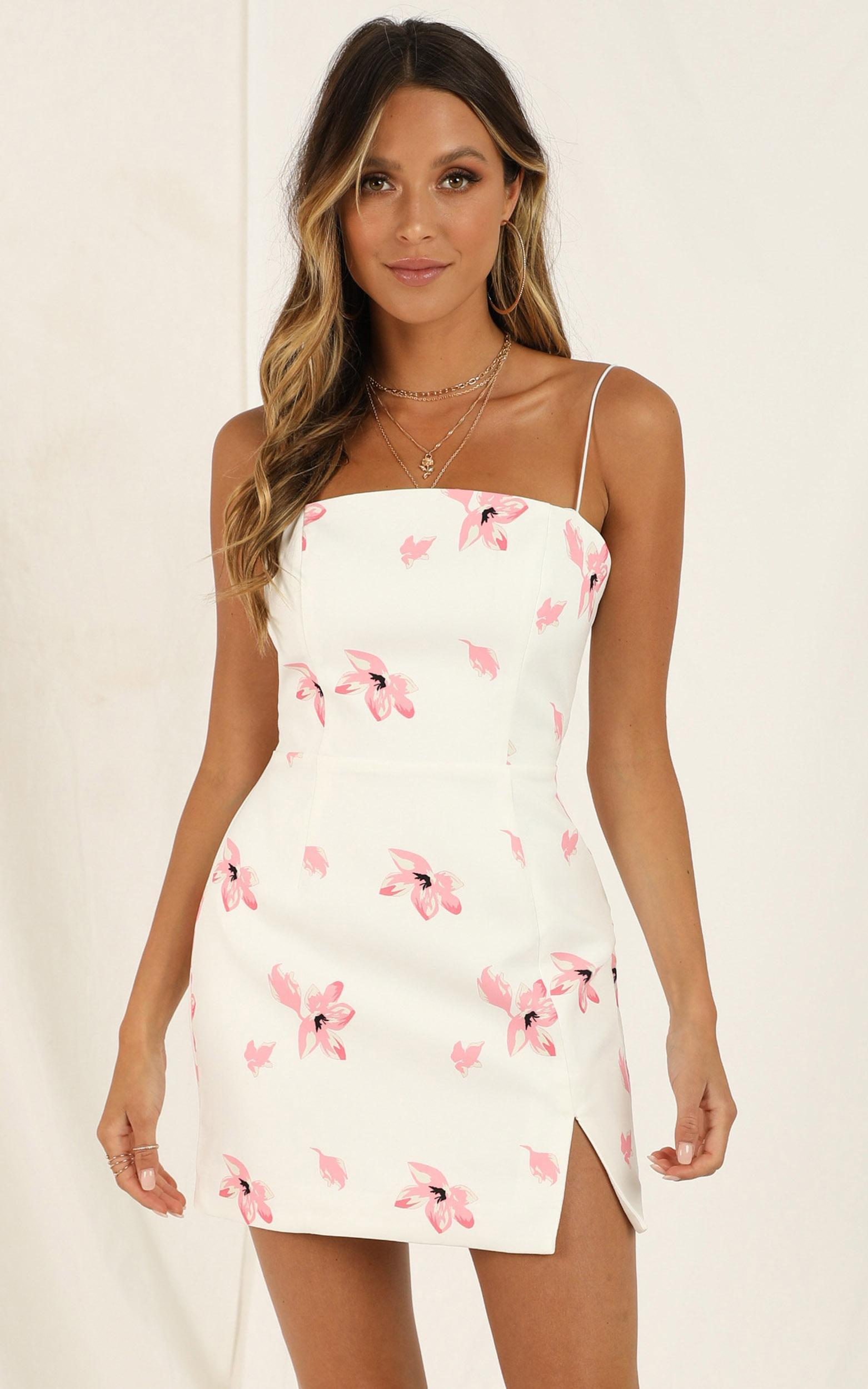 Lets Stay Dress In White Floral - 14 (XL), White, hi-res image number null