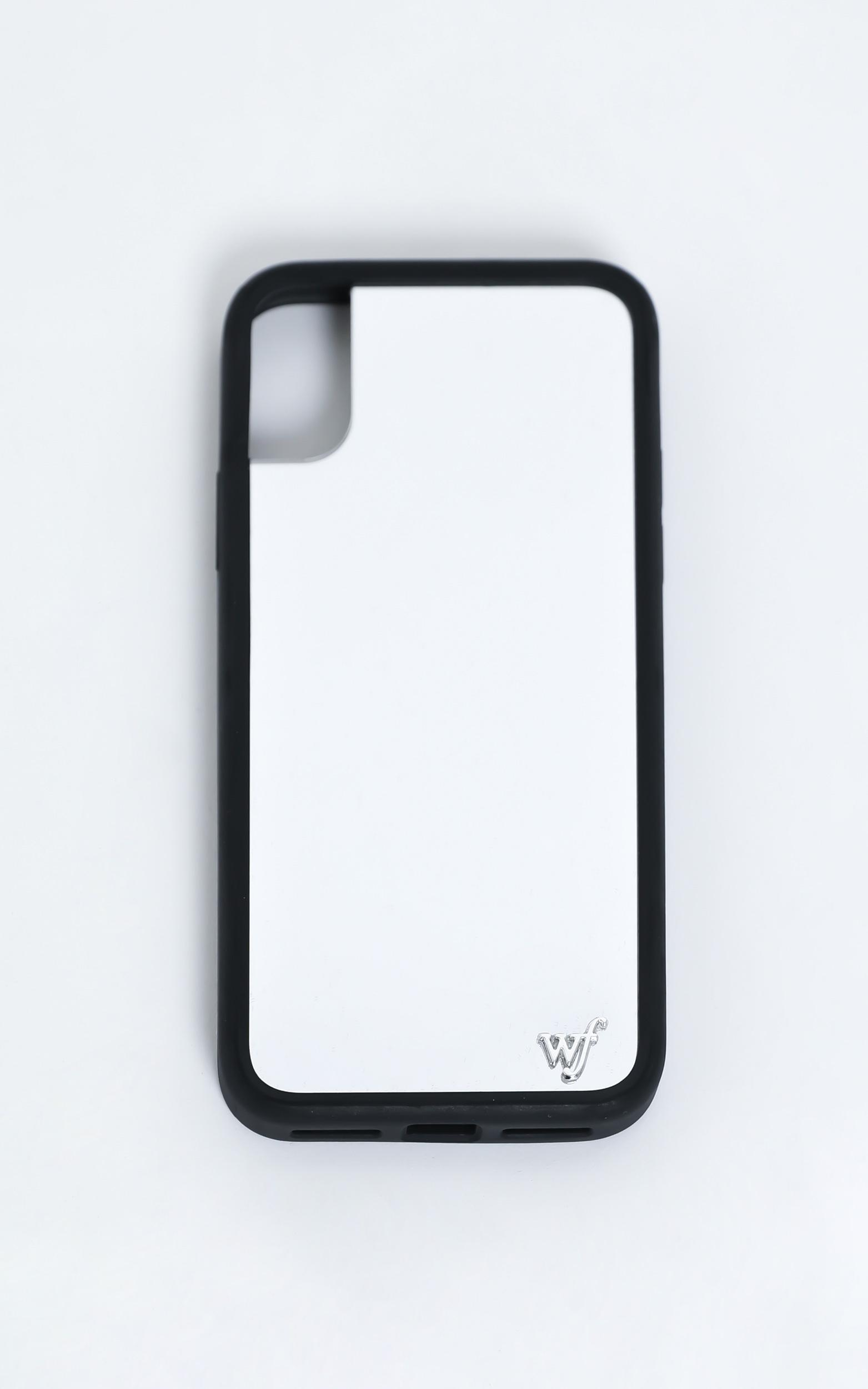Wildflower - Iphone Case in Mirror Mirror - 8 Plus, Silver, hi-res image number null
