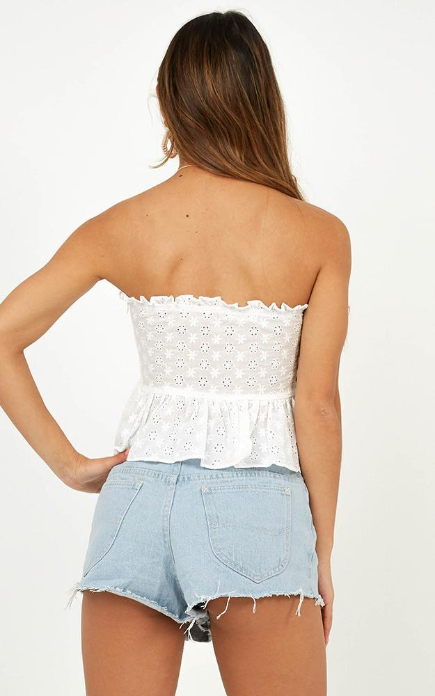 Aneta top in white embroidery - 12 (L), White, hi-res image number null