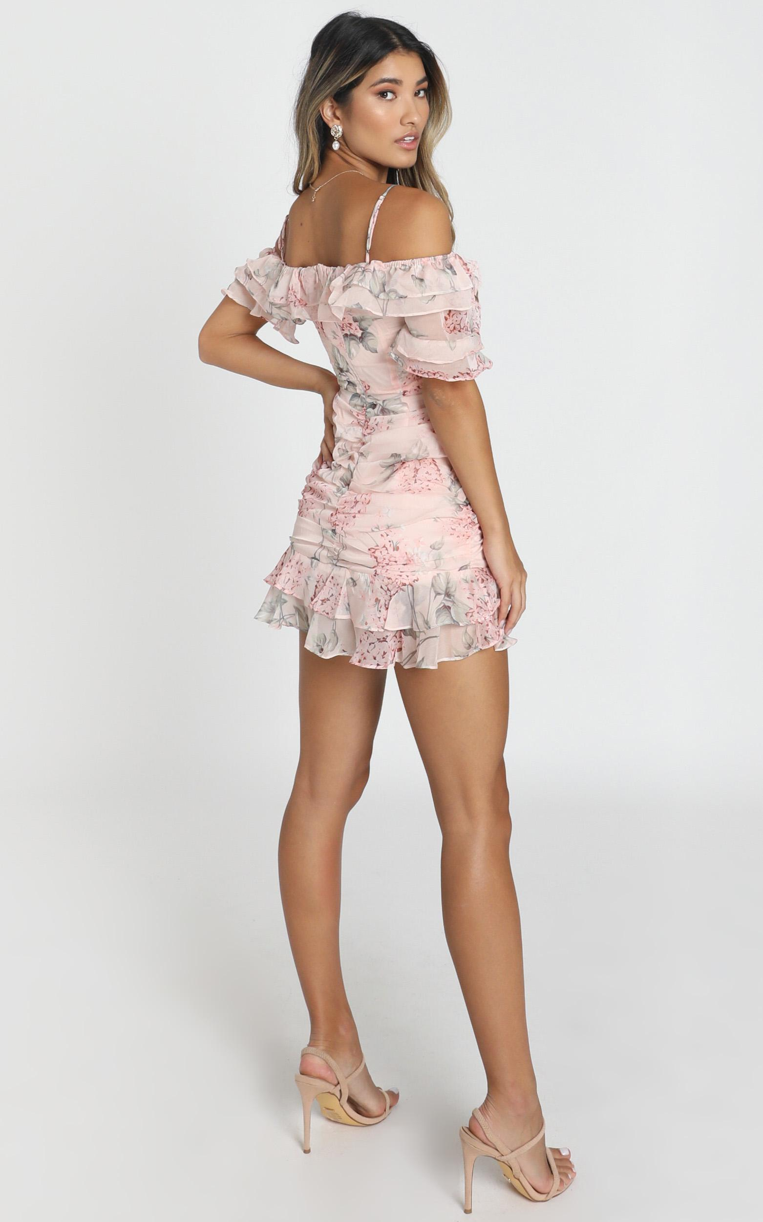 Queen Of The Prairie Dress In Blush Floral - 14 (XL), Blush, hi-res image number null