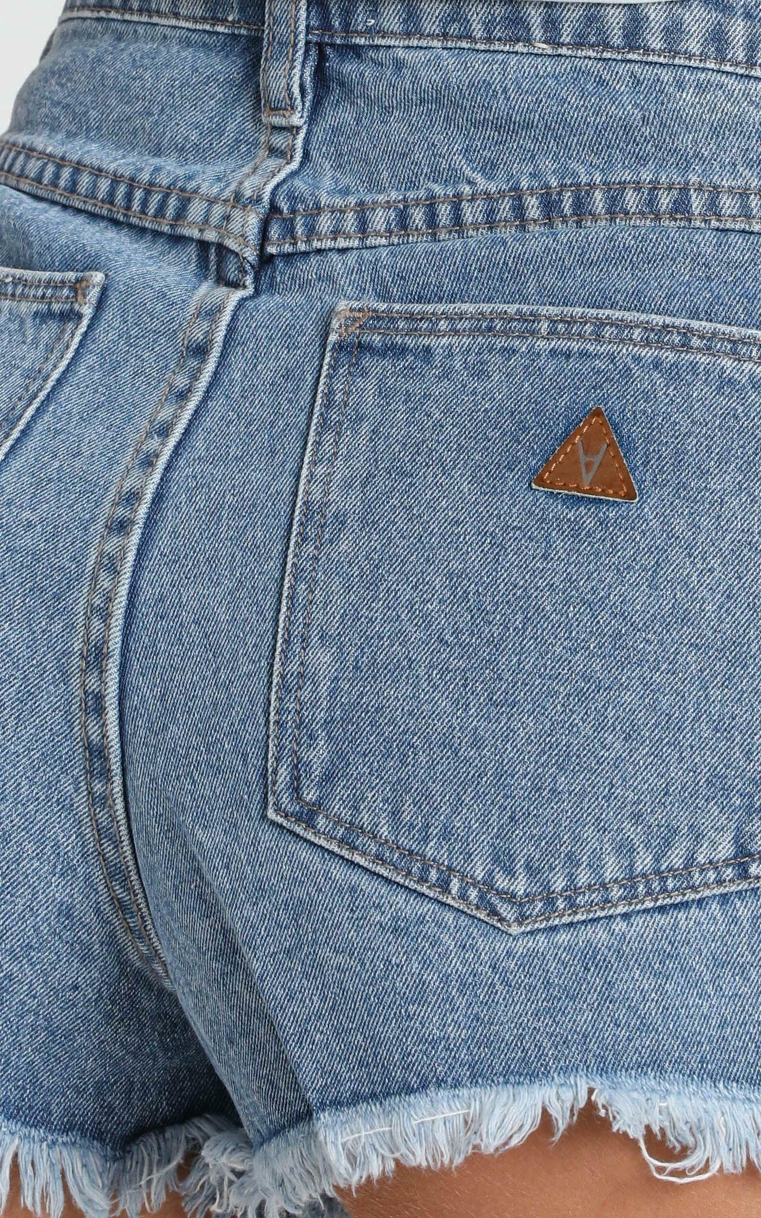 Abrand - A High Relaxed Denim Shorts in salty blue - 6 (XS), BLU1, hi-res image number null