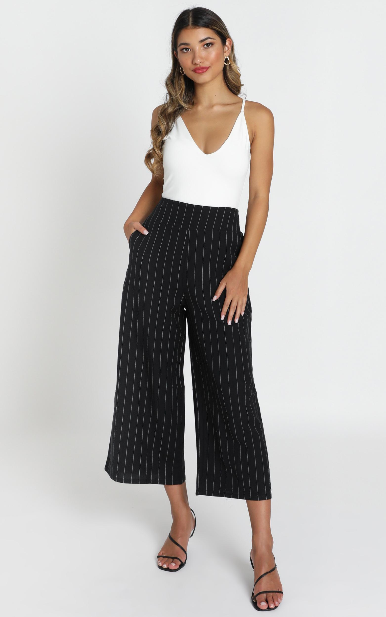 Ricki Cropped Pants in black pin stripe - 6 (XS), Black, hi-res image number null