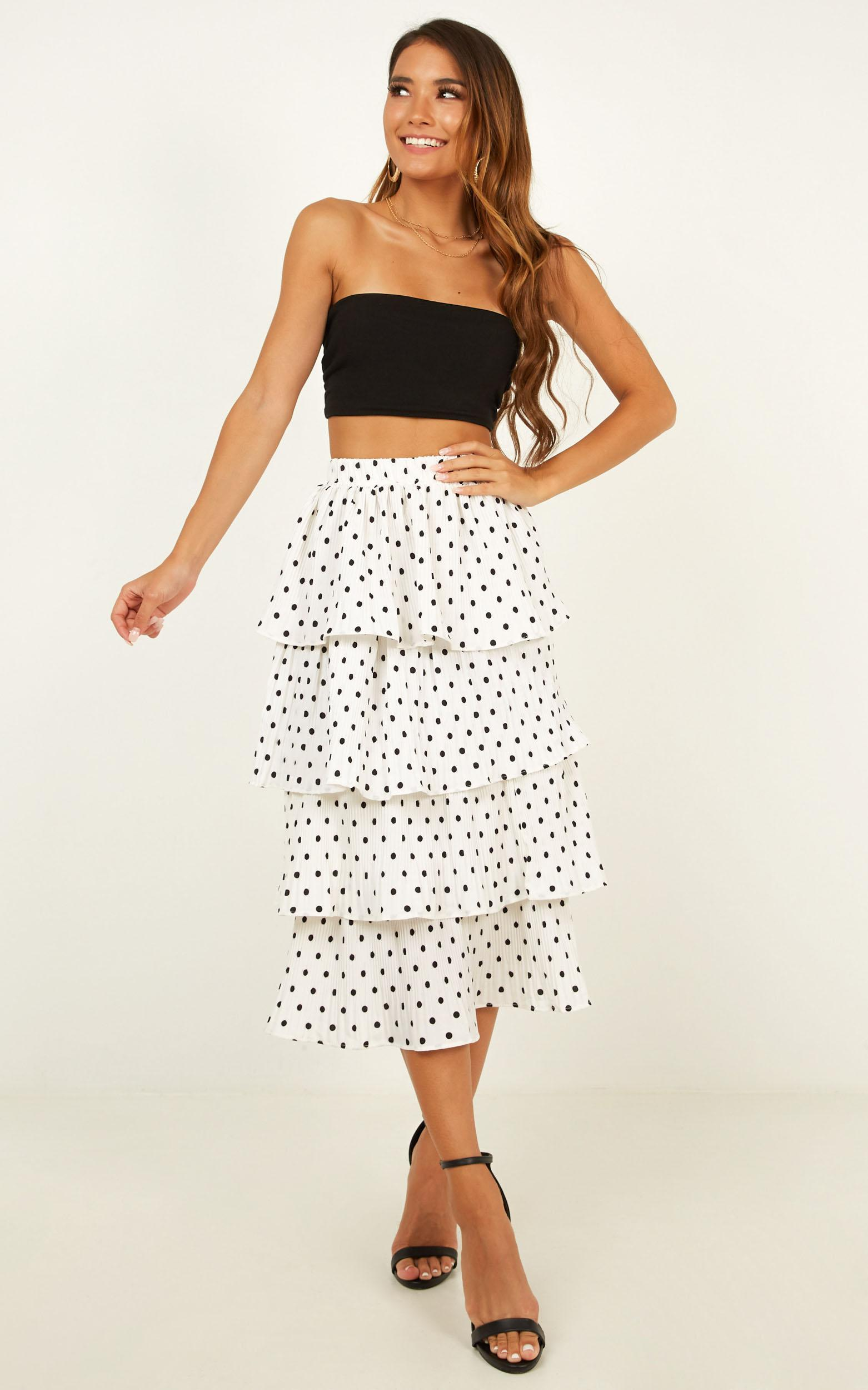 Locomotion skirt in white spot - M/L, White, hi-res image number null