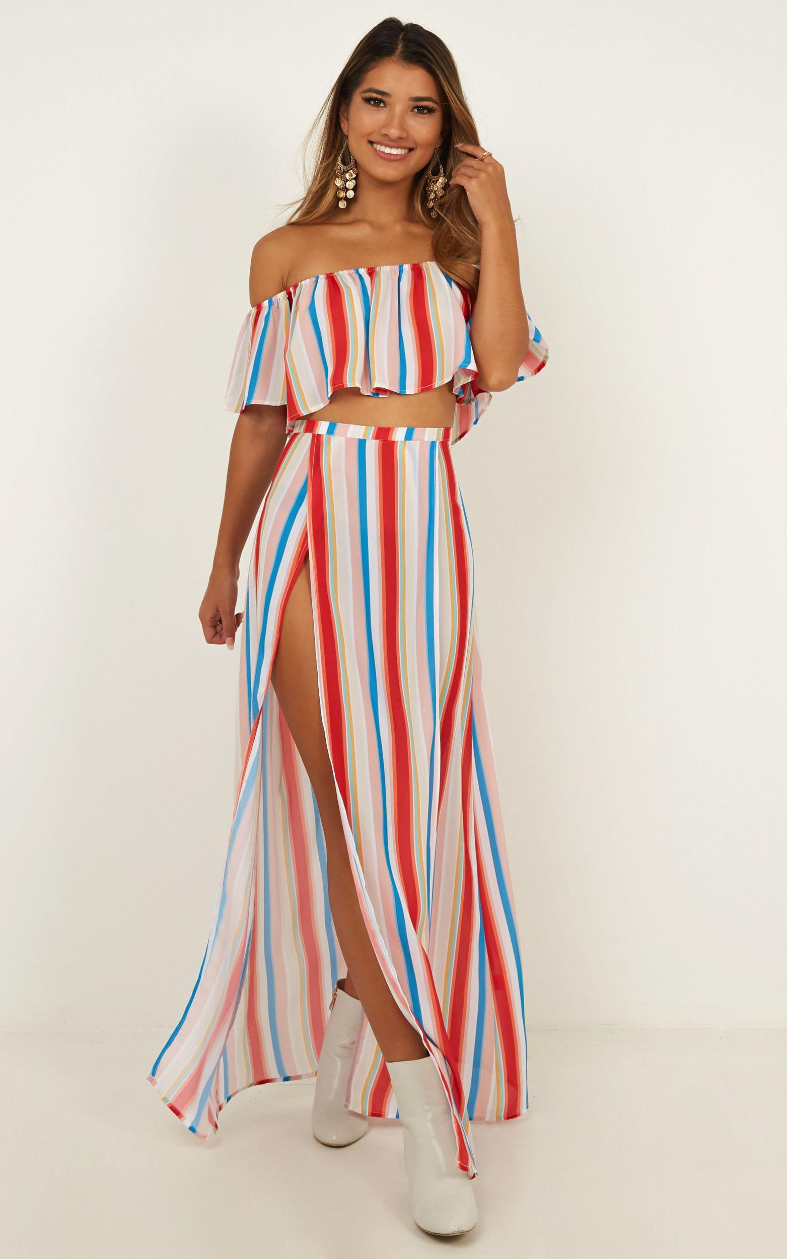 Sound Of Sunset Two Piece Set in rainbow stripe - 12 (L), Beige, hi-res image number null