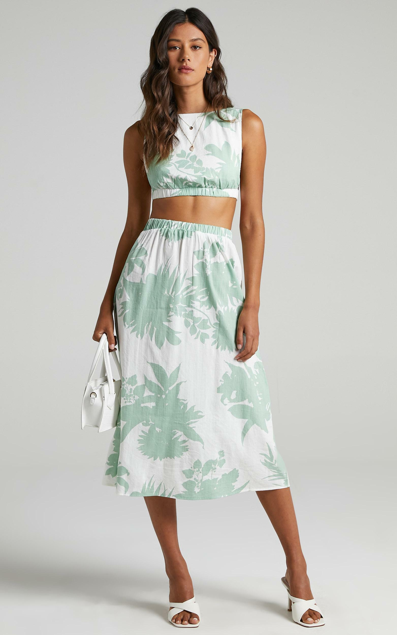 Tash Two Piece Set in Green Palm - 6 (XS), Multi, hi-res image number null