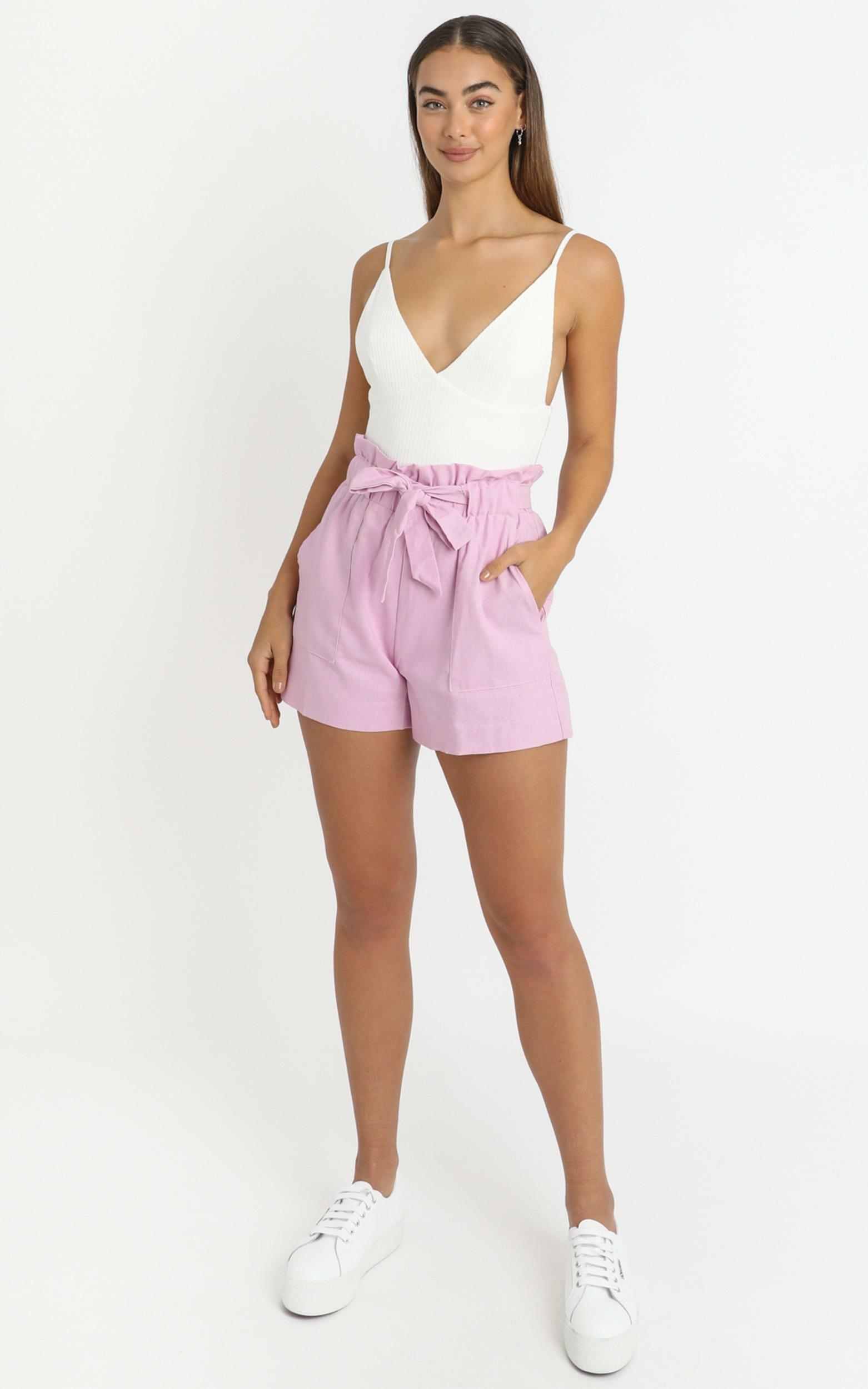 All Rounder Shorts in lilac check - 14 (XL), Purple, hi-res image number null