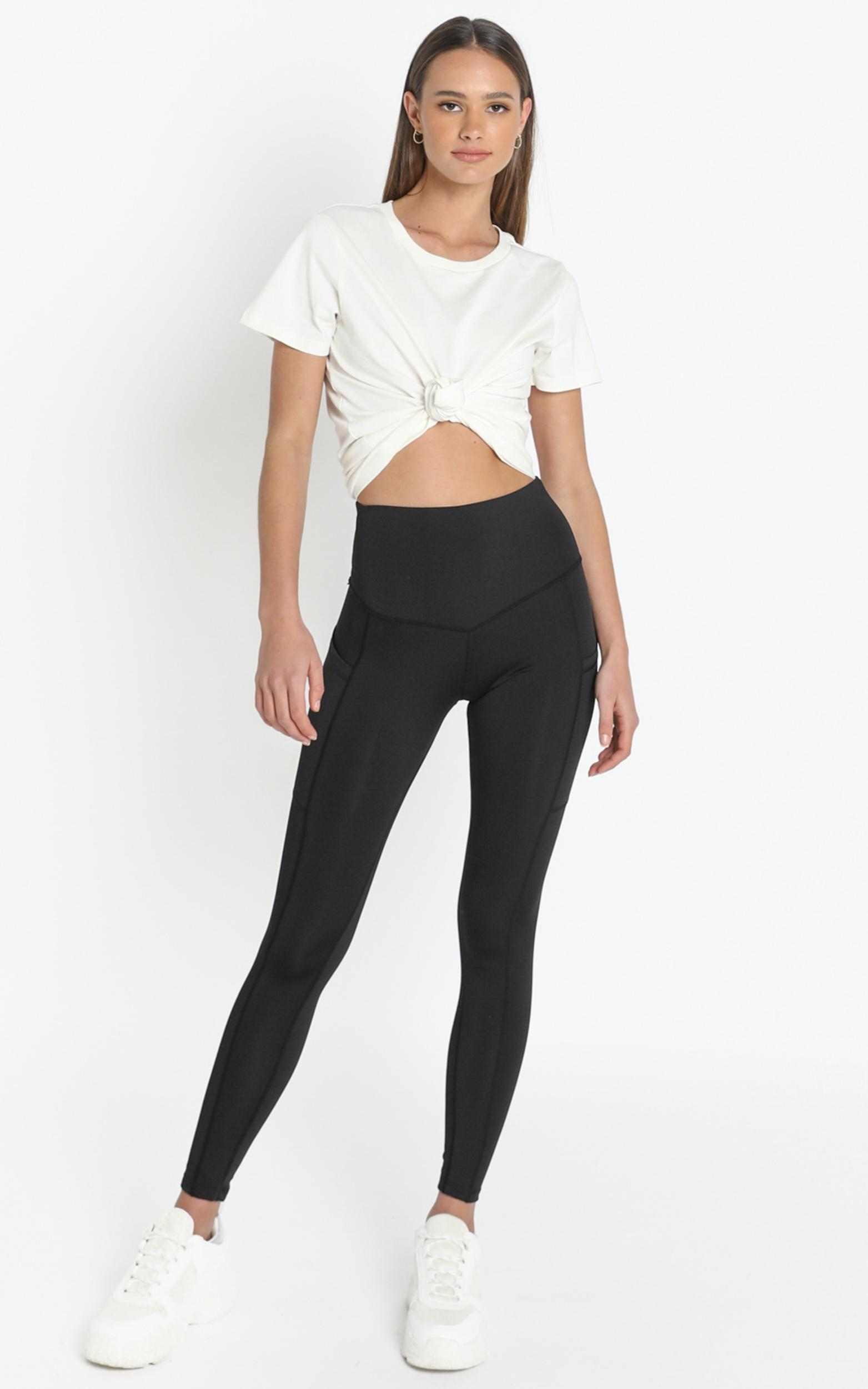 Evelyn High Waisted Activewear Tights in Black - M/L, Black, hi-res image number null