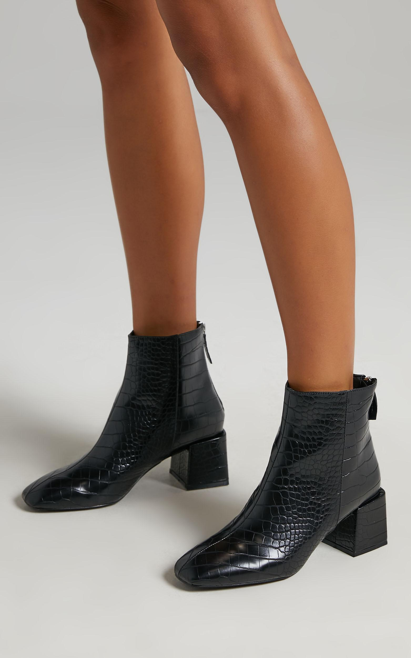 Therapy - Cody Boots in Black Croc Embossed - 05, BLK1, hi-res image number null