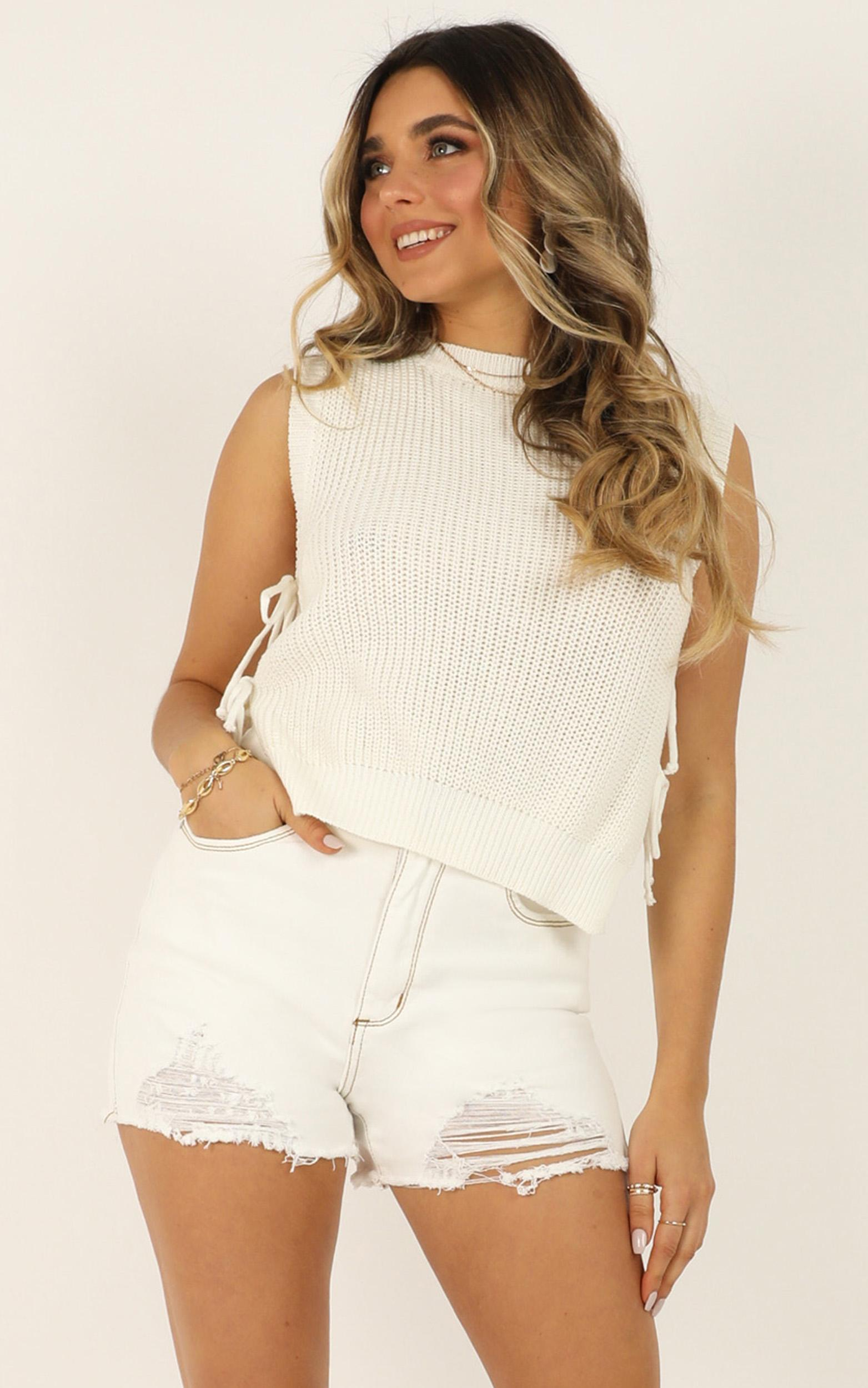 Golden Explorer Knit Top in white - 20 (XXXXL), White, hi-res image number null