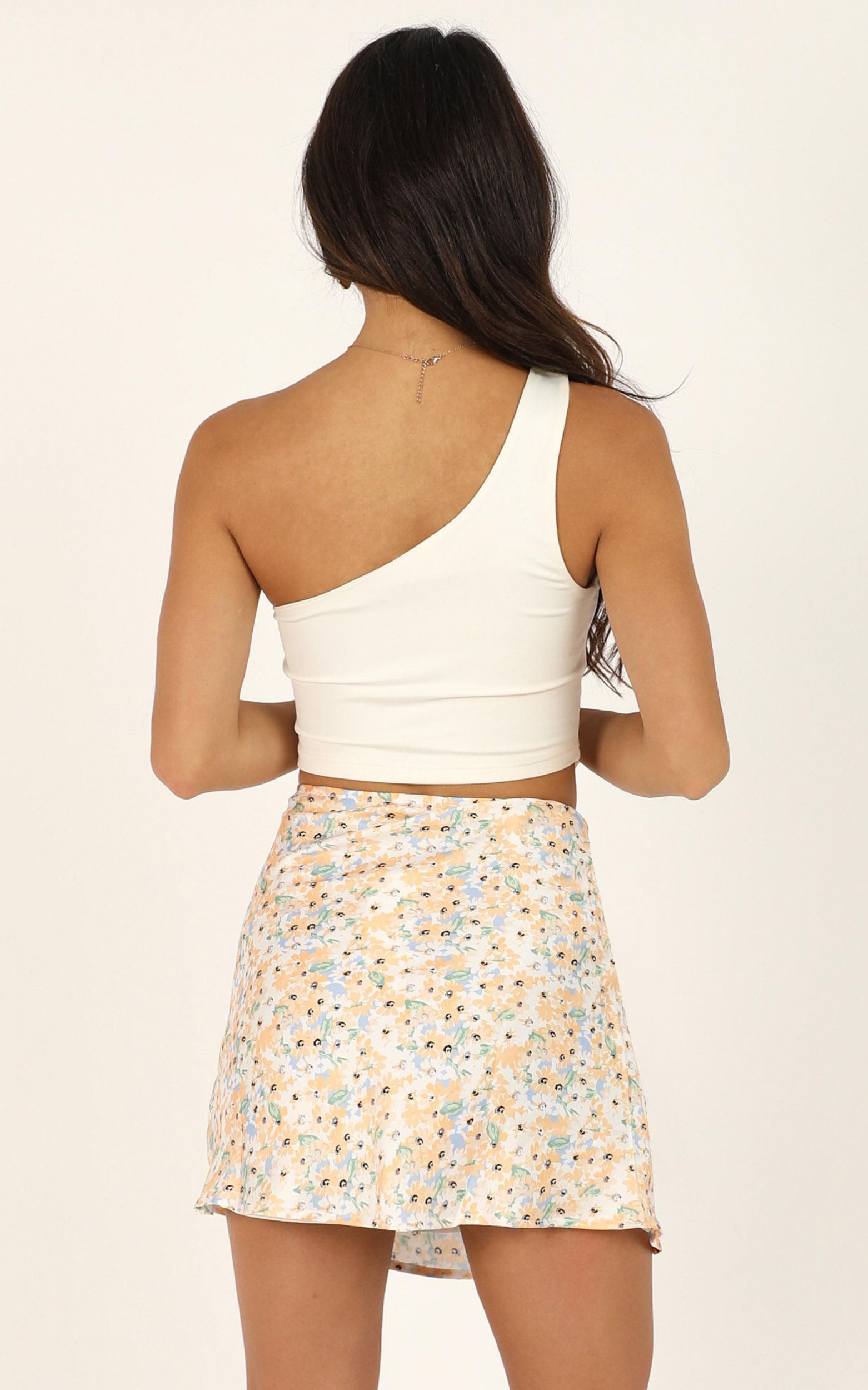 Parisian Life Skirt In Multi Floral - 14 (XL), Cream, hi-res image number null