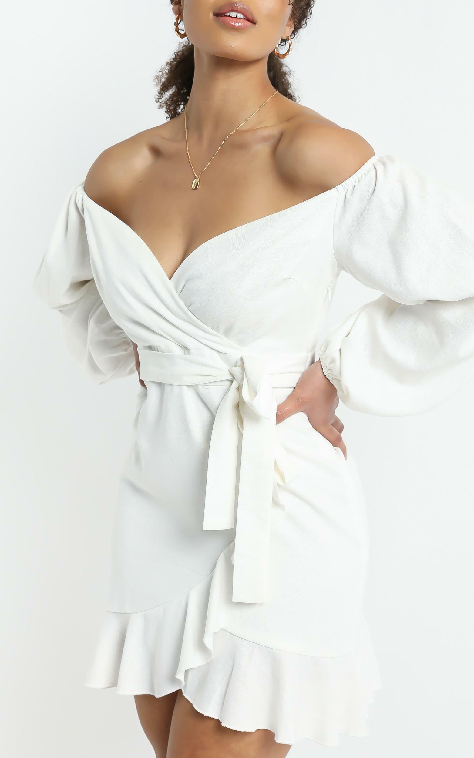 Cant Move On Dress in White Linen Look - 20, WHT6, hi-res image number null