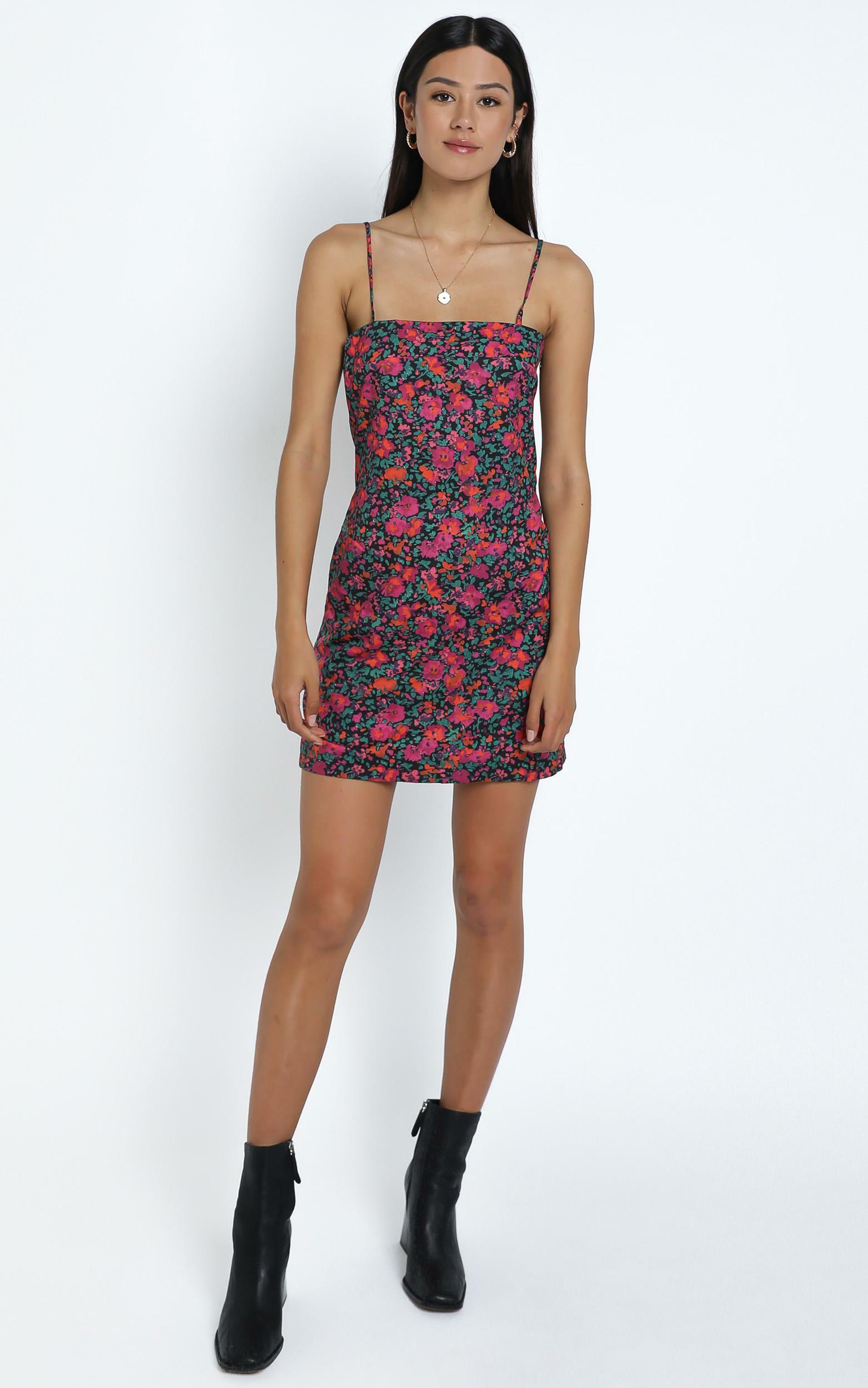 Wynn Dress in Black Floral - 12 (L), Black, hi-res image number null