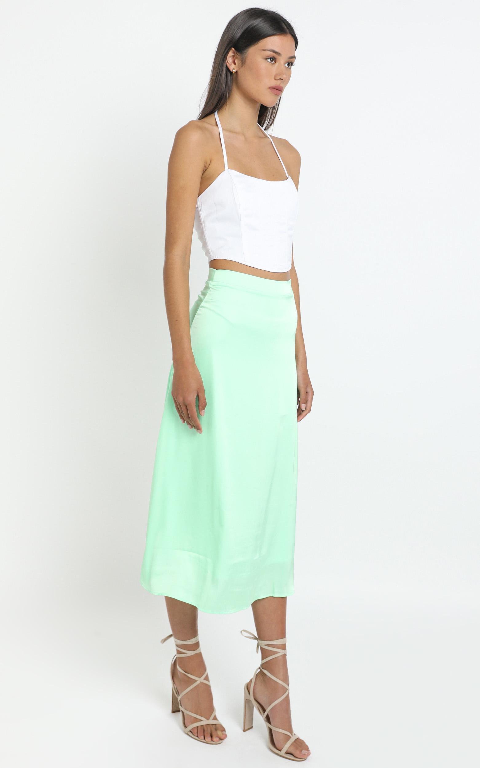 Amrita Midi Skirt in Neo Mint - 12 (L), Green, hi-res image number null