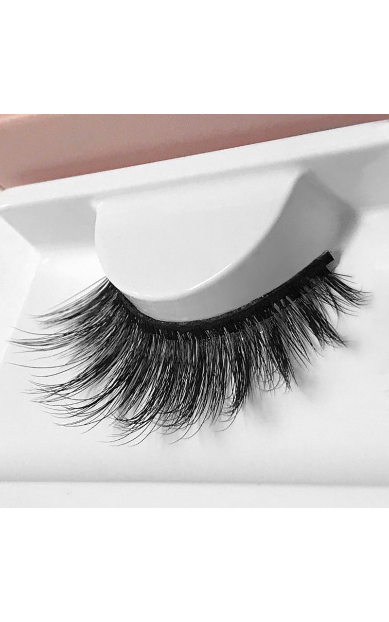 Land of Lashes - Faux Mink In Blair, Black, hi-res image number null