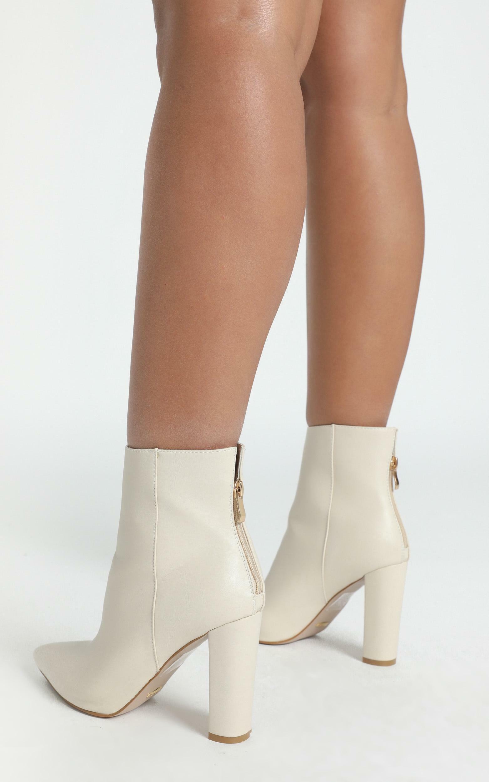 Billini - Kaden Boots in milk - 5, Cream, hi-res image number null