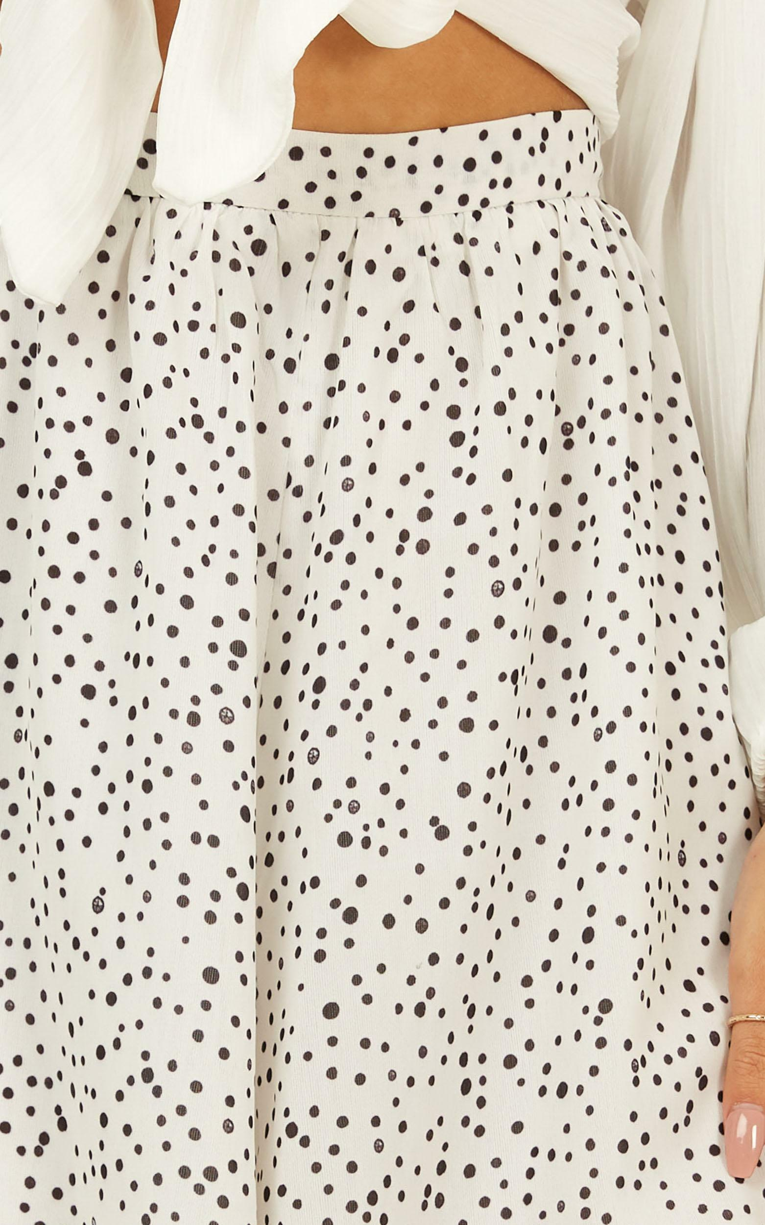Spot and go shorts in white spot - 12 (L), White, hi-res image number null
