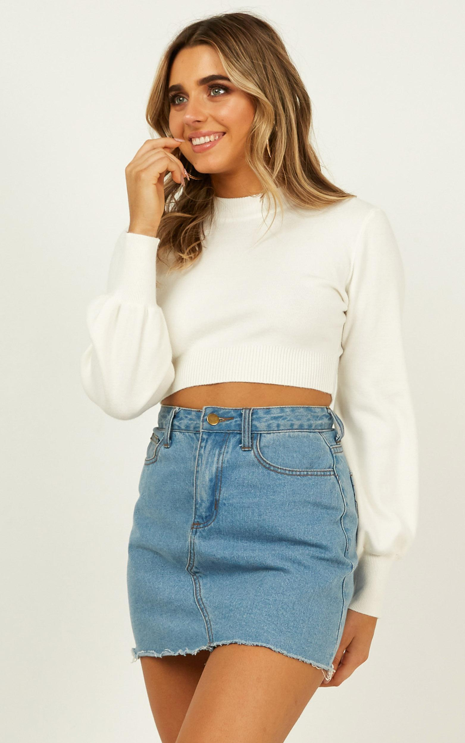 Jeni Cropped Knit Jumper In White - 12 (L), White, hi-res image number null